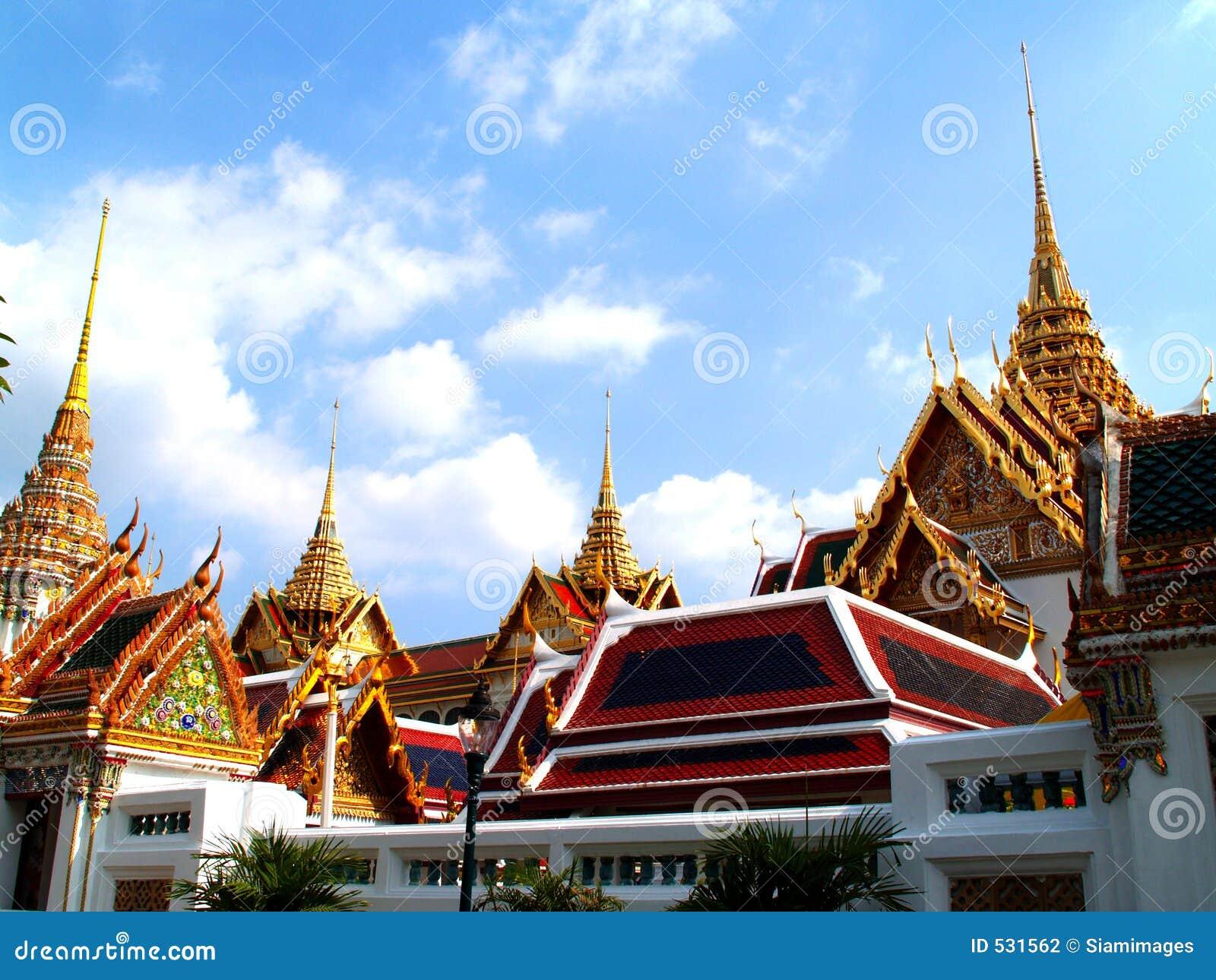 Thailand architecture stock photo image of thai grand for Thailand architecture