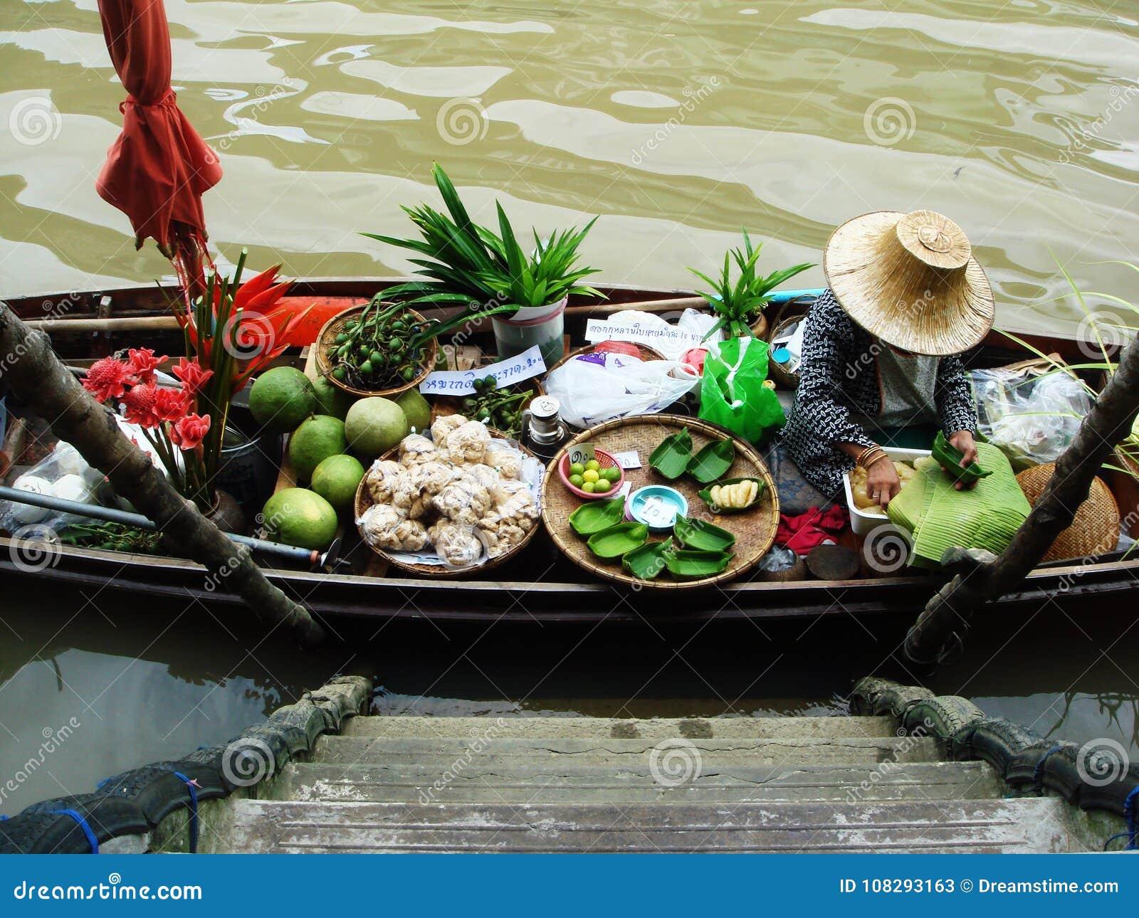Thailand som svävar autentisk stil för marknad
