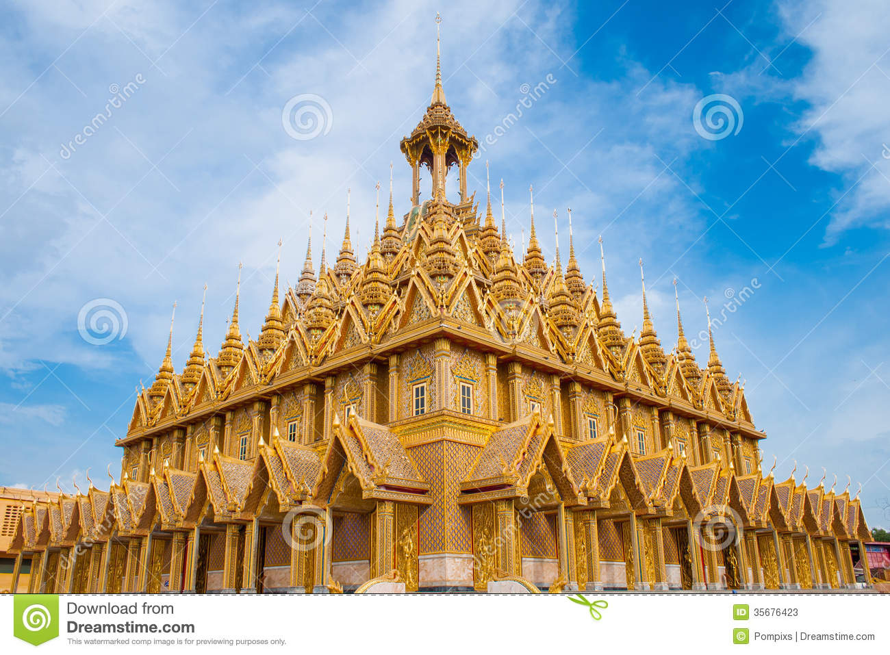 Thailand Temple - Wat ta-sung in Chainat Province, northern Thailand.