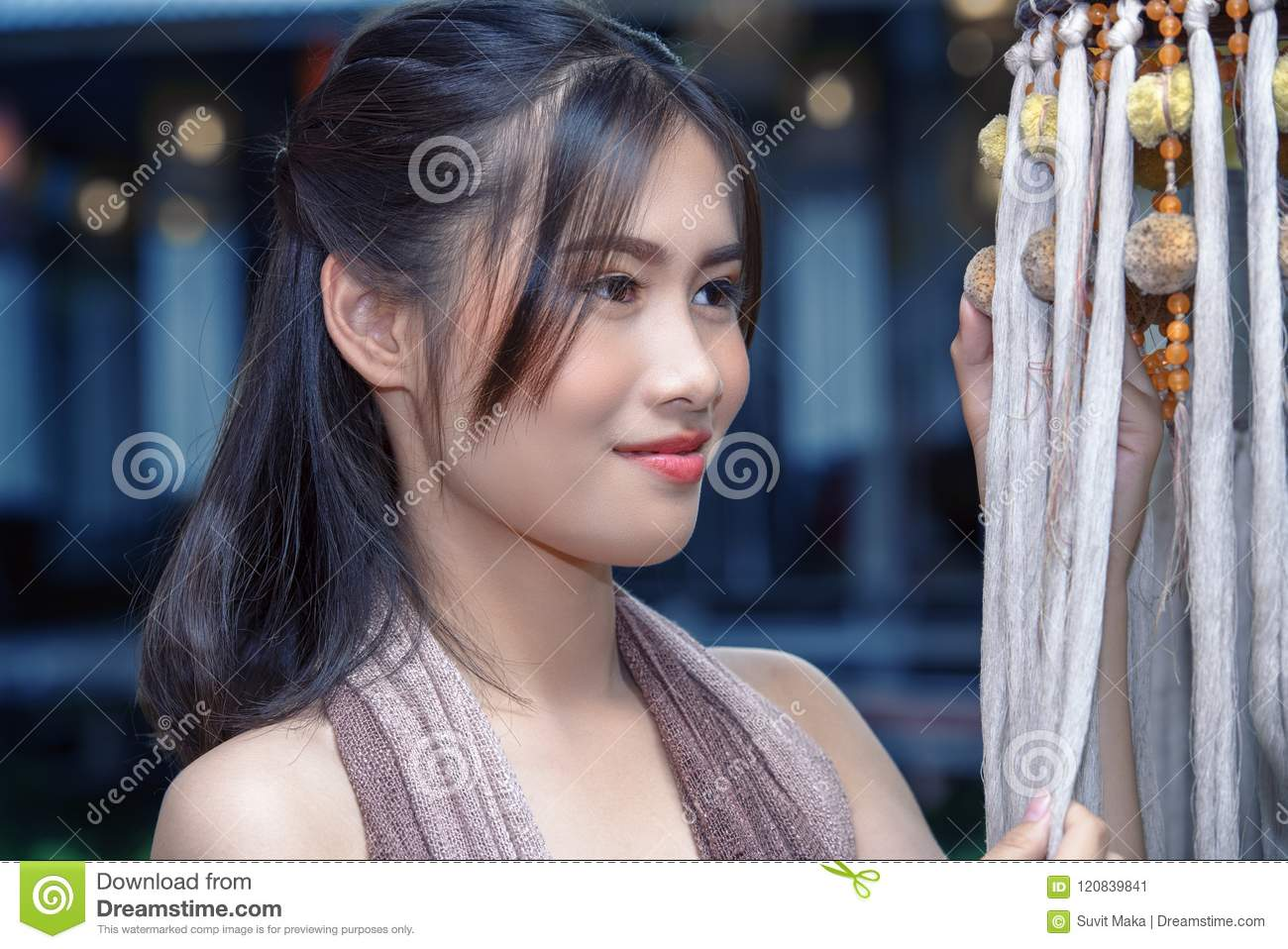 beautiful thai lady