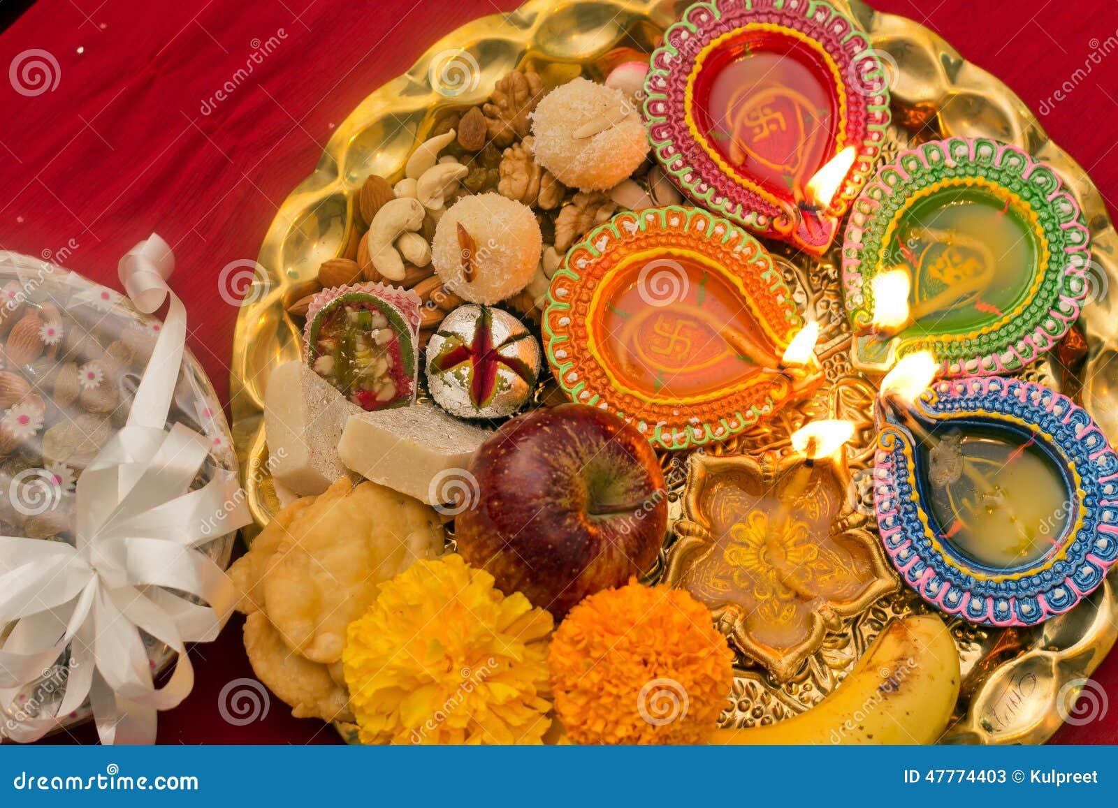 Thali di Diwali decorato