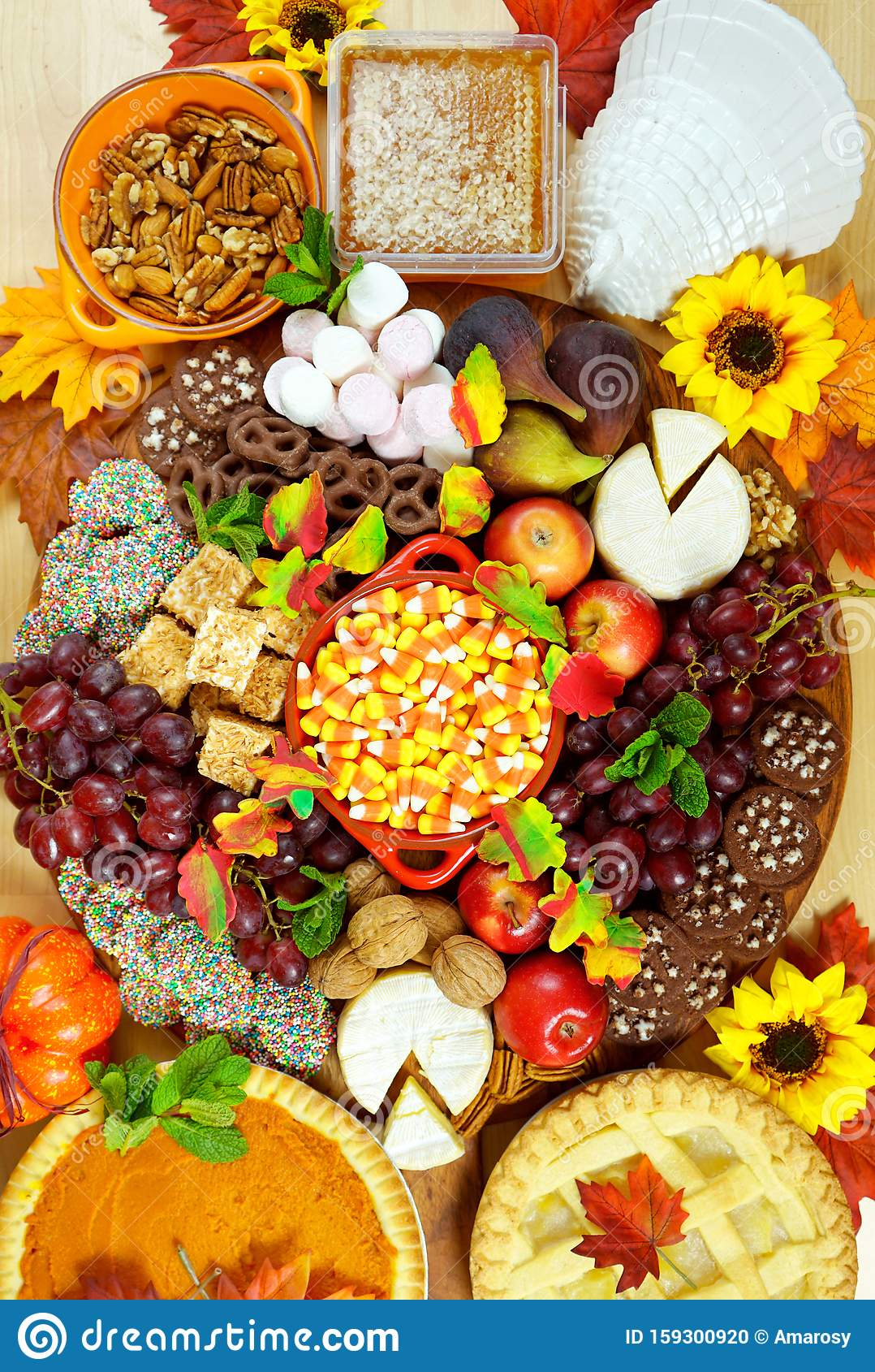 Thanksgiving Cheese And Dessert Grazing Platter Charcuterie Board Stock Photo Image Of Canada Leaves 159300920