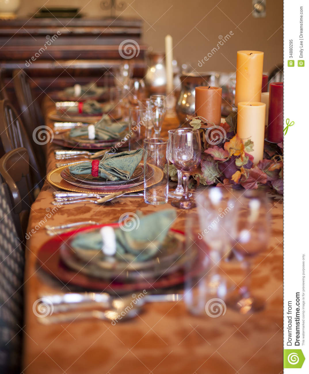 Thanksgiving table royalty free stock photo image 34880295 How to set a thanksgiving dinner table
