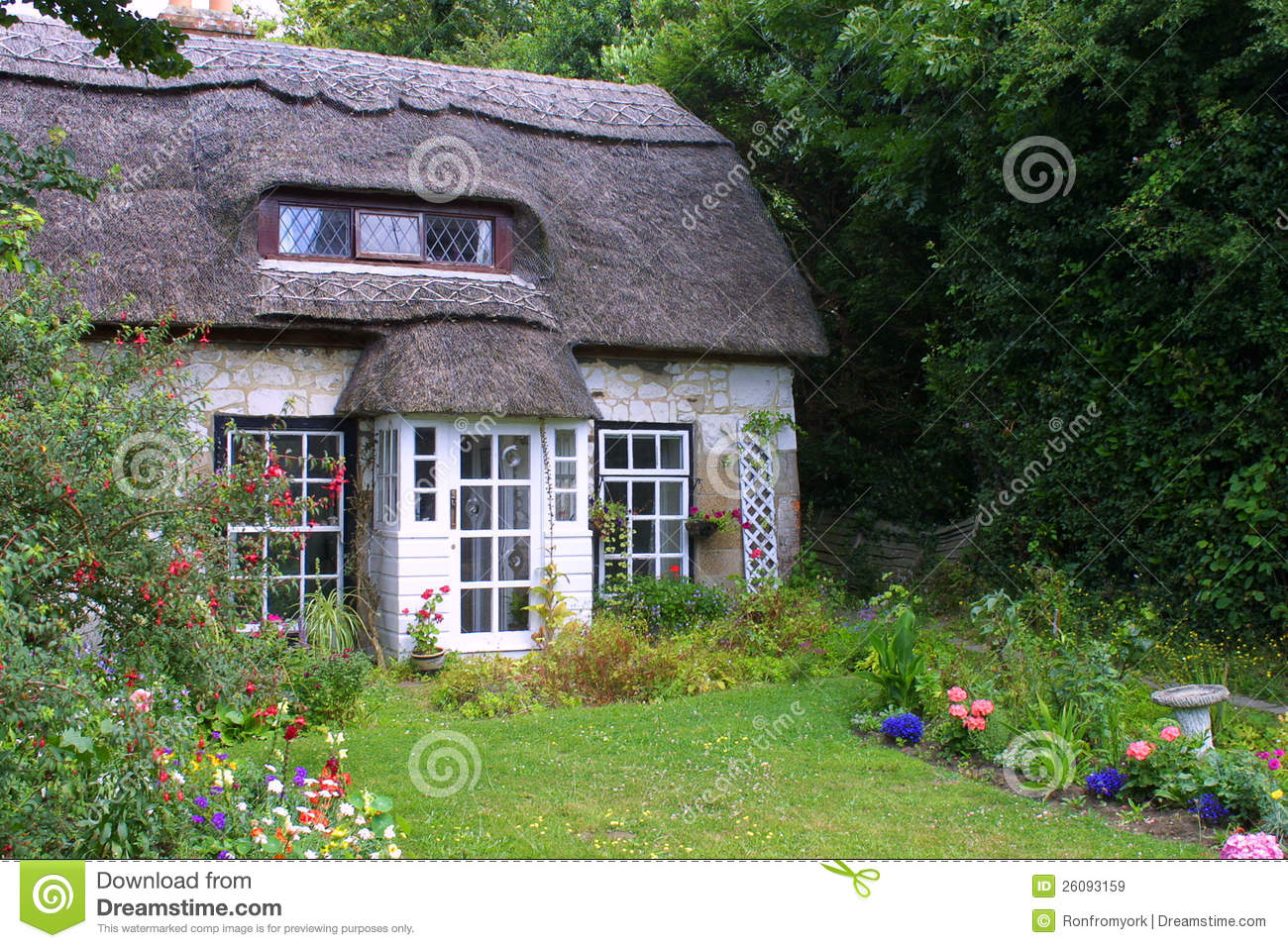 Download Thatched cottage stock image. Image of door, heritage - 26093159