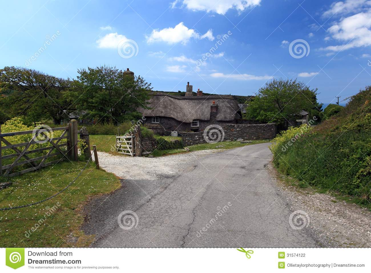 Thatched Cottage Devon Stock Photography Image 31574122