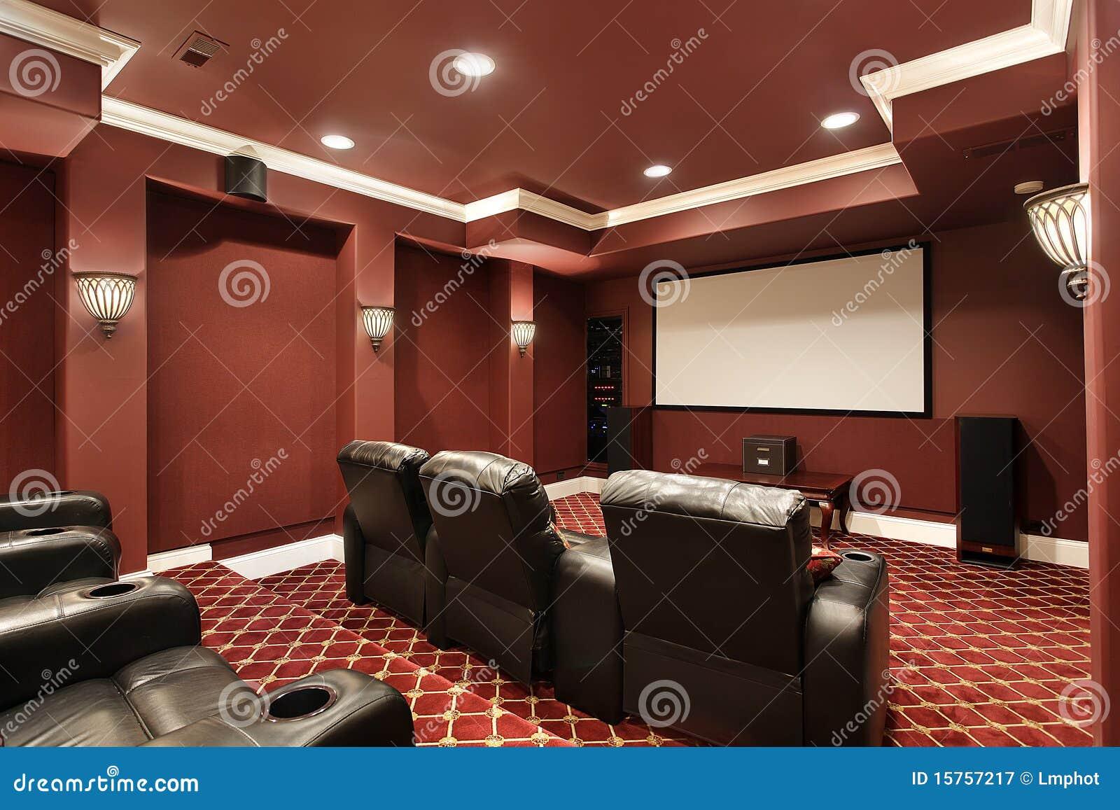 Theaterraum mit Stadionlagerung