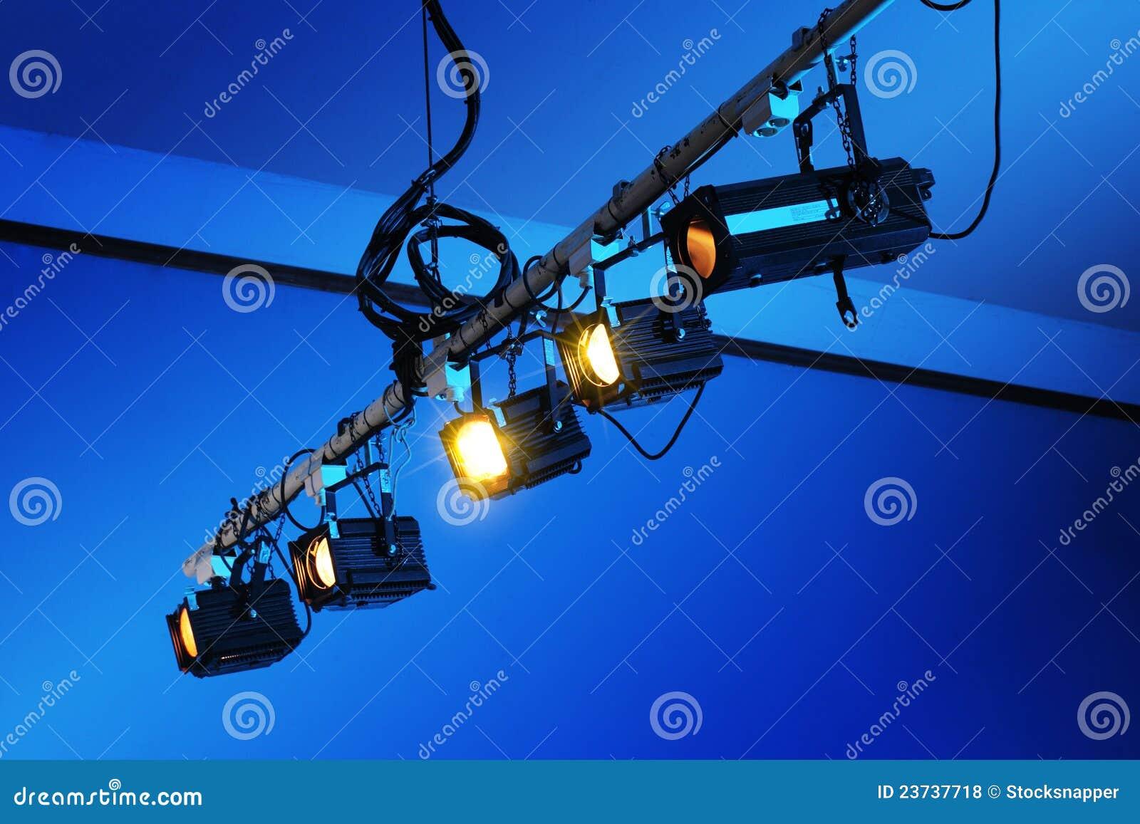 indoor portrait photography equipment U