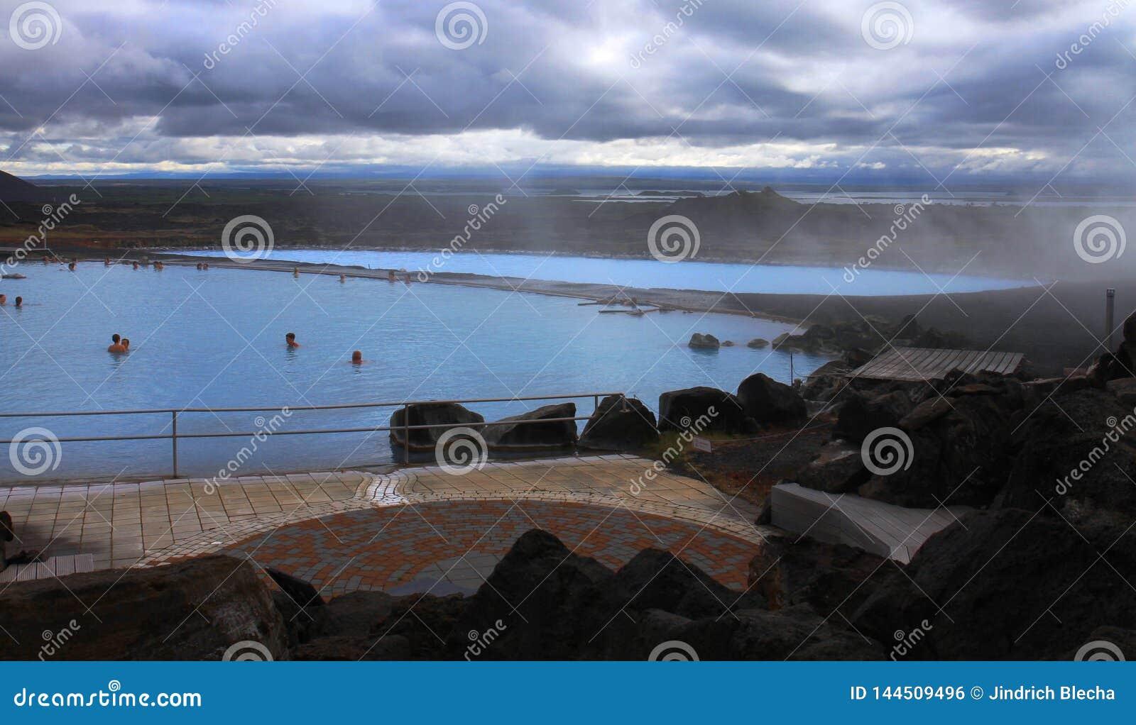 Thermal spa voegt dichtbij Myvatn-meer, IJsland samen