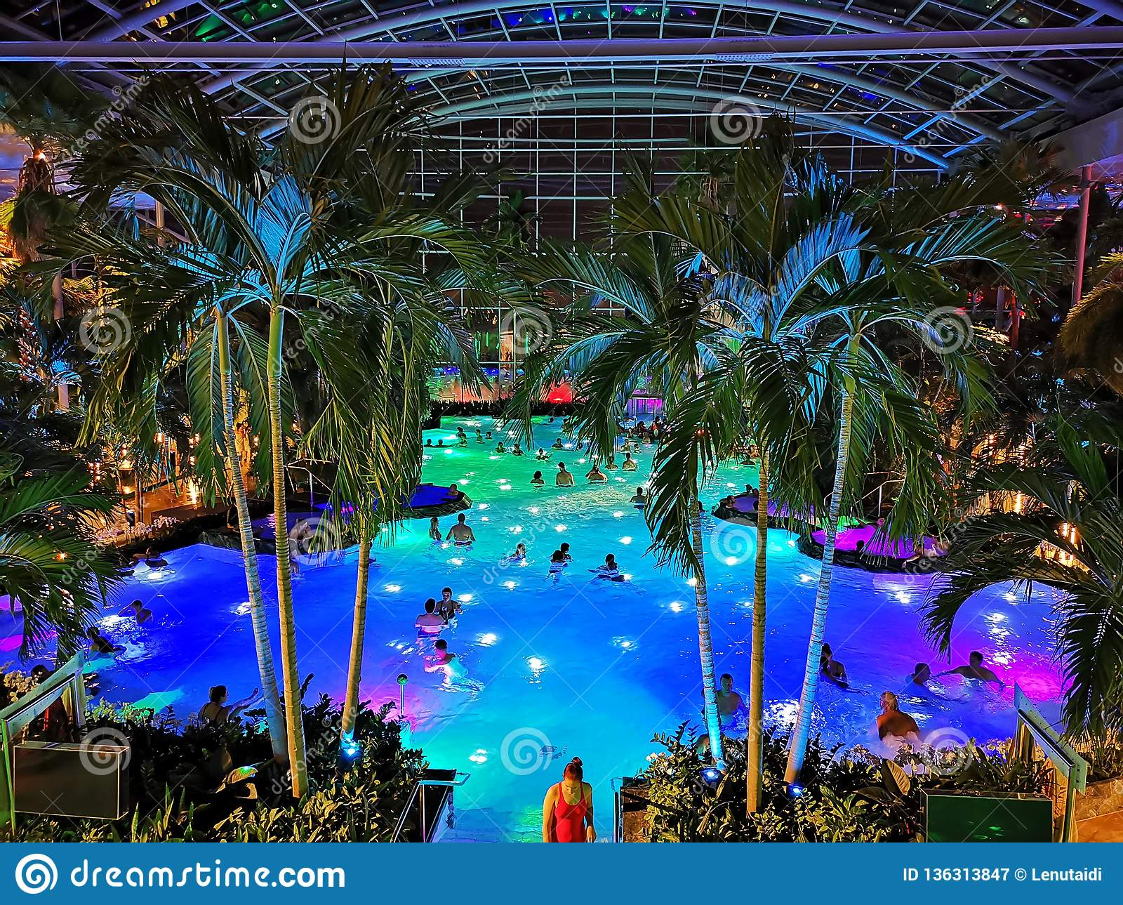 Therme Bucharest, Palm Zone in the night