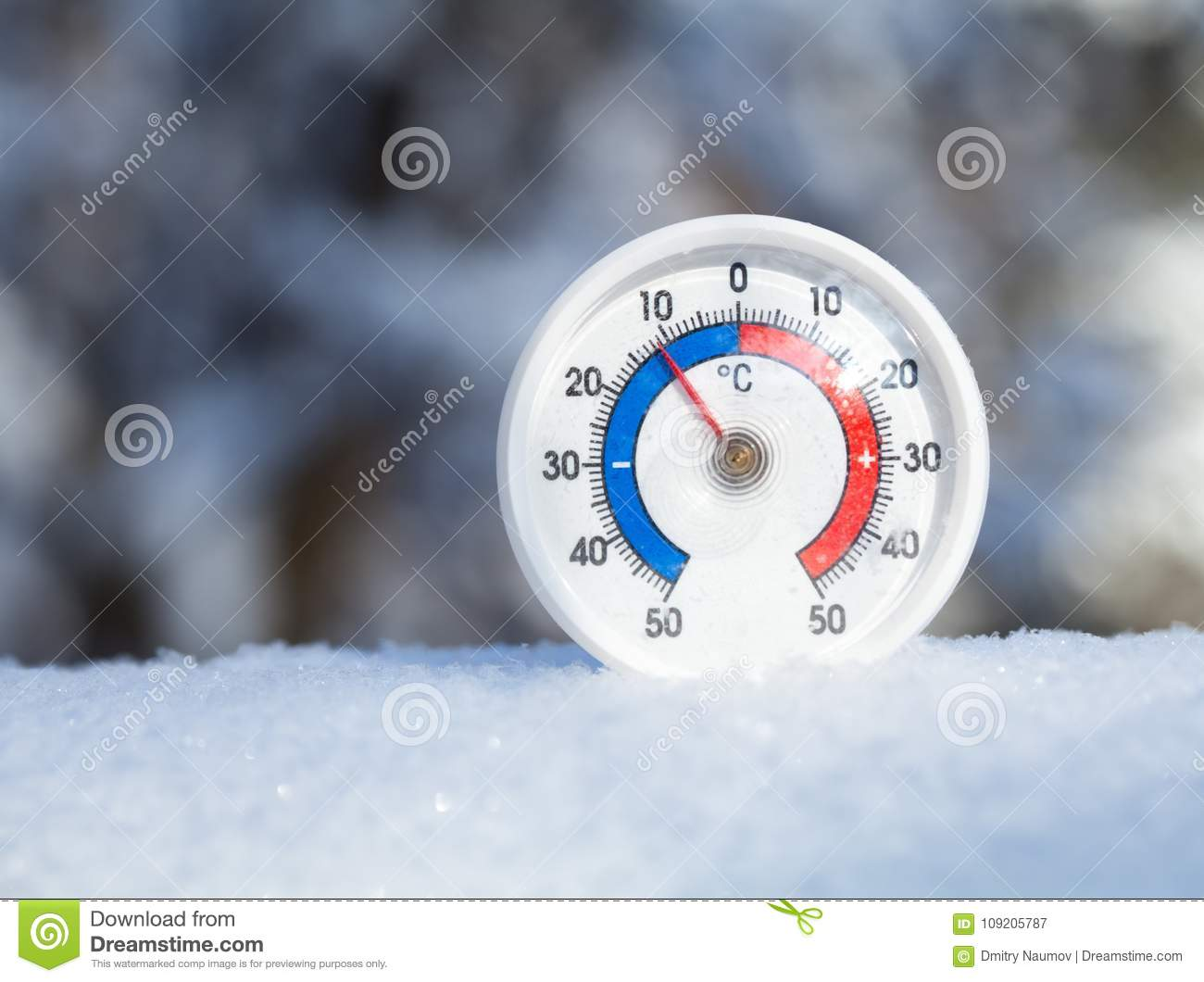 [Image: thermometer-celsius-scale-placed-fresh-s...205787.jpg]