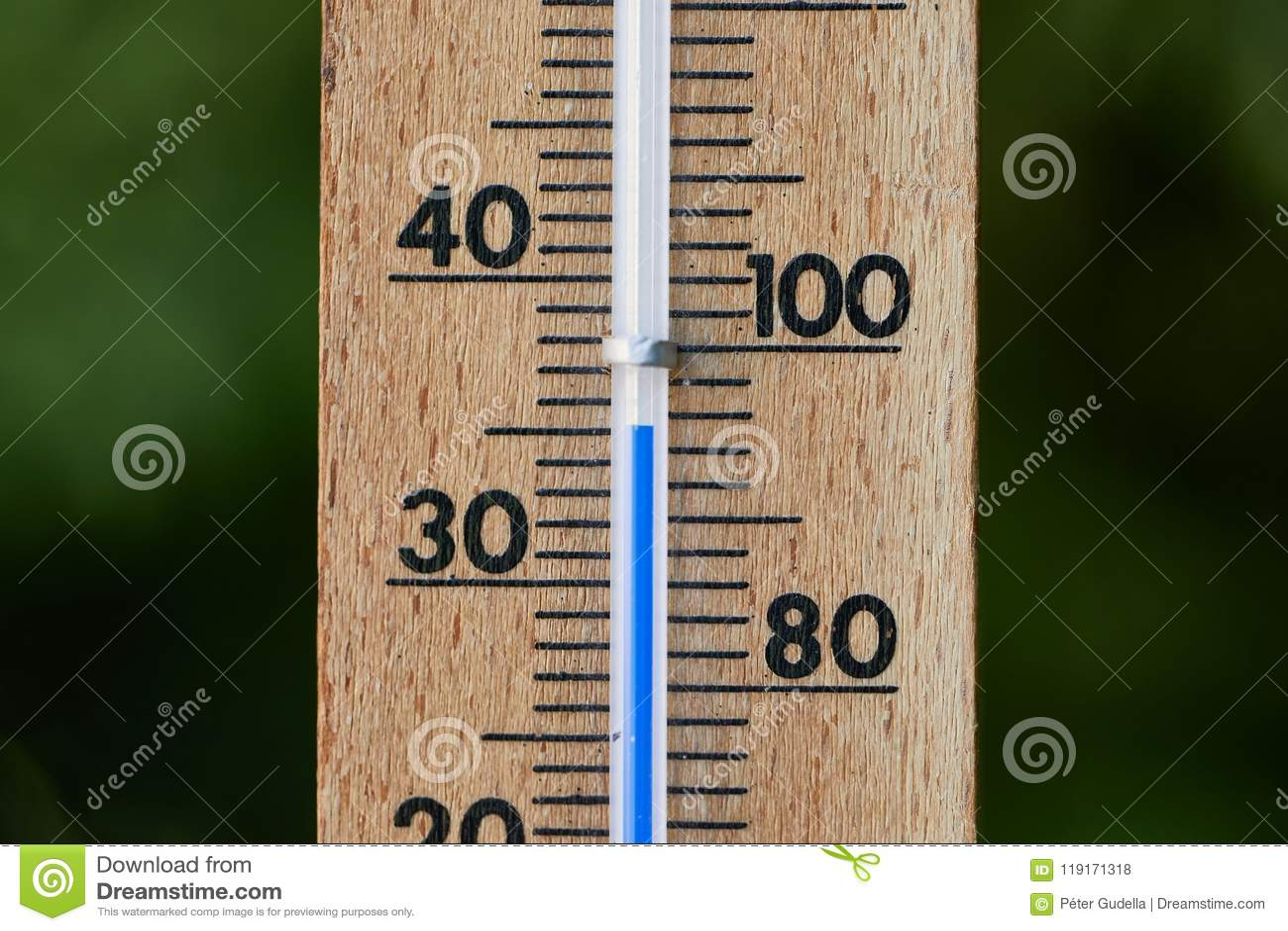 Thermometer in de zomer