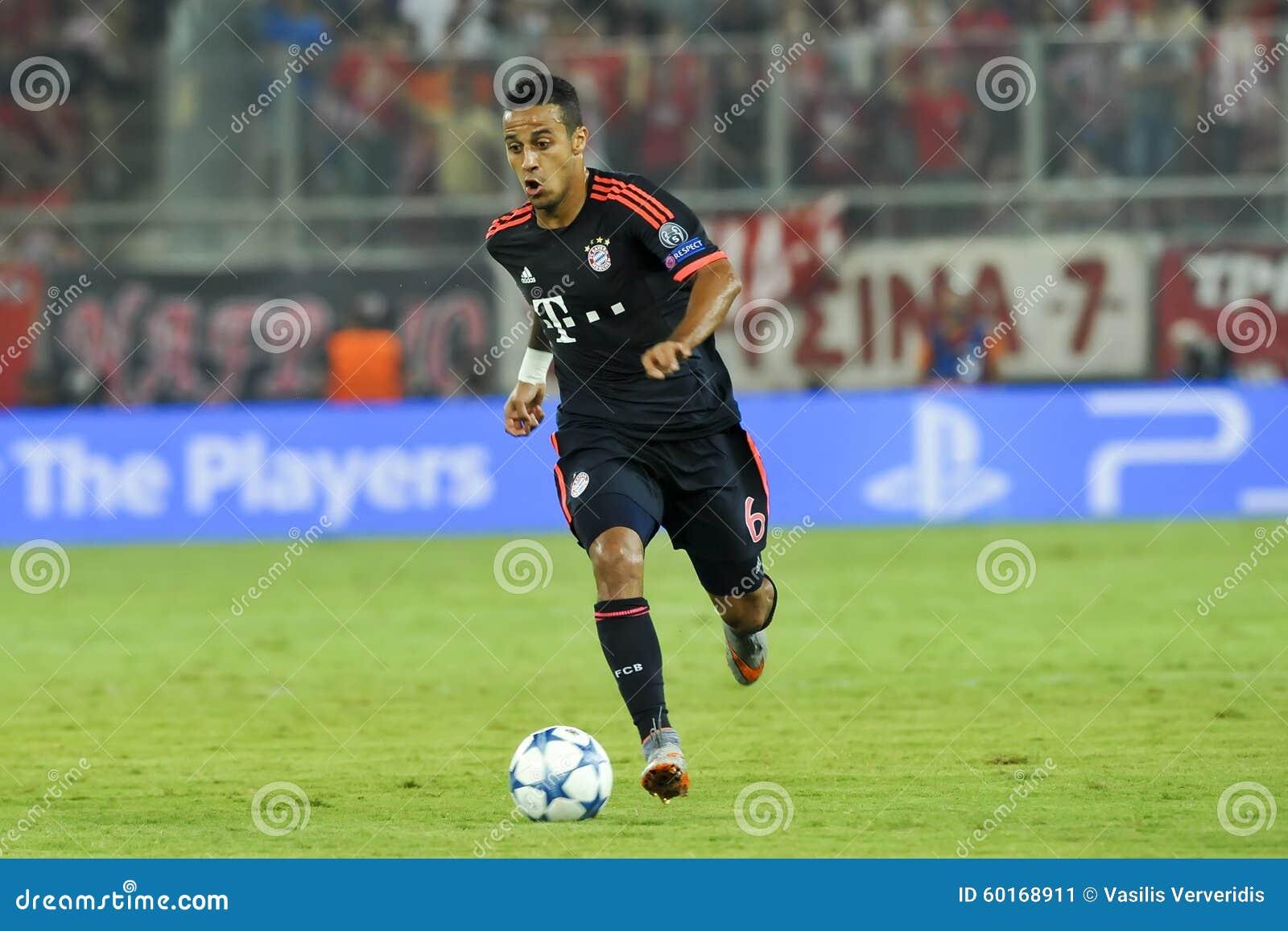 Thiago Alcantara during the UEFA Champions League game between O