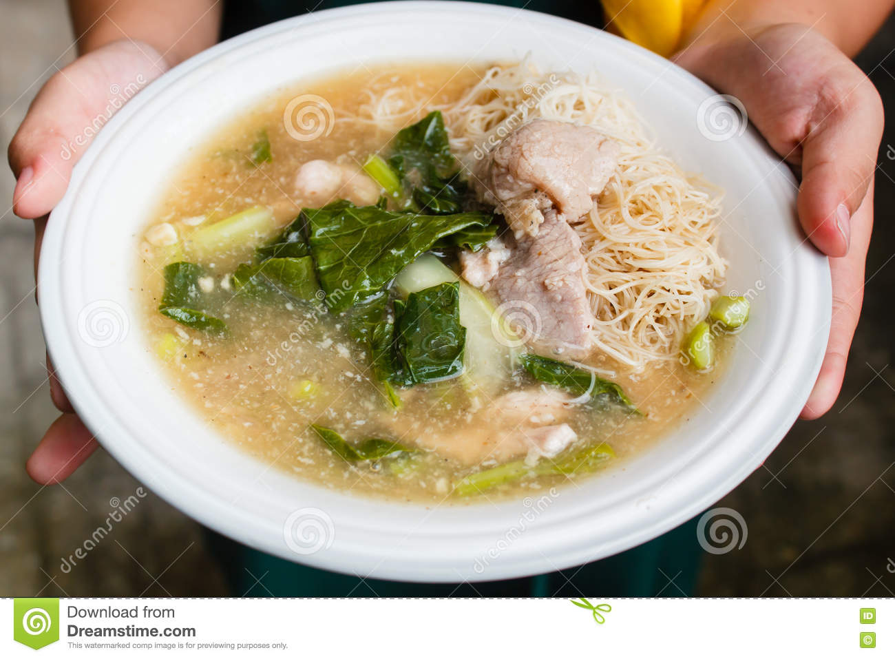 Thin Rice Noodles And Pork In Thick Gravy Rad Na Stock Images
