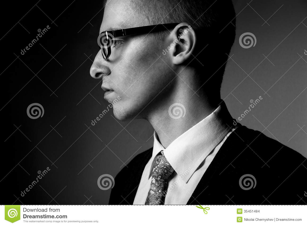thinking-young-man-profile-bw-portrait-p