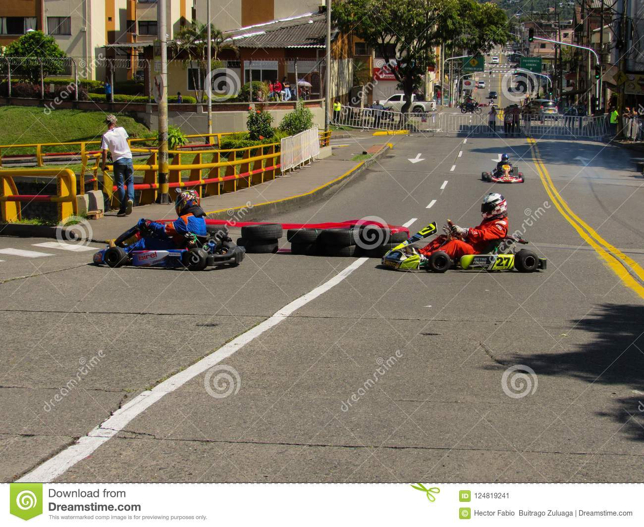 Thirt Karts In The Cup Editorial Photo Image Of Papa 124819241