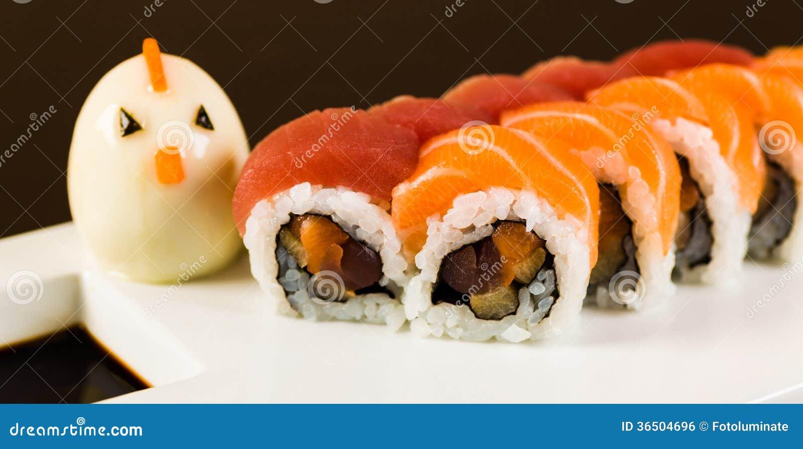 Thon et Salmon Roll