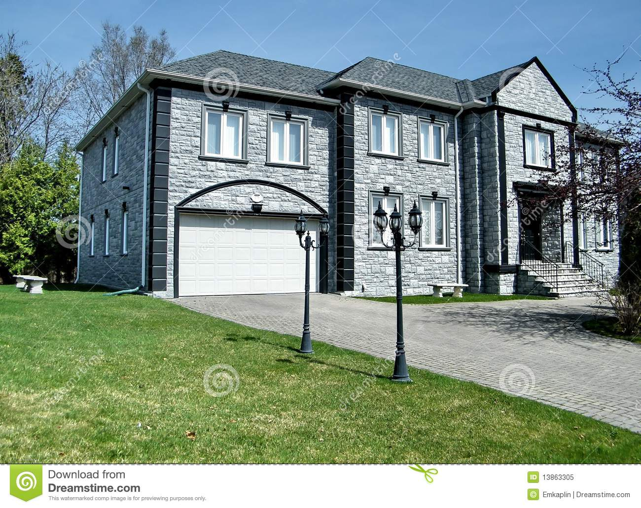 Thornhill very nice grey house 2010 royalty free stock for Very nice house