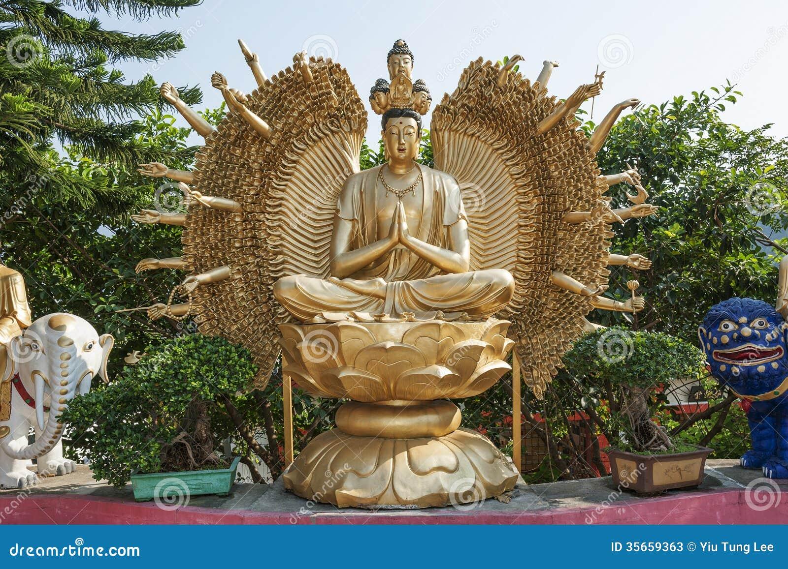 Thousand hands Buddha statue