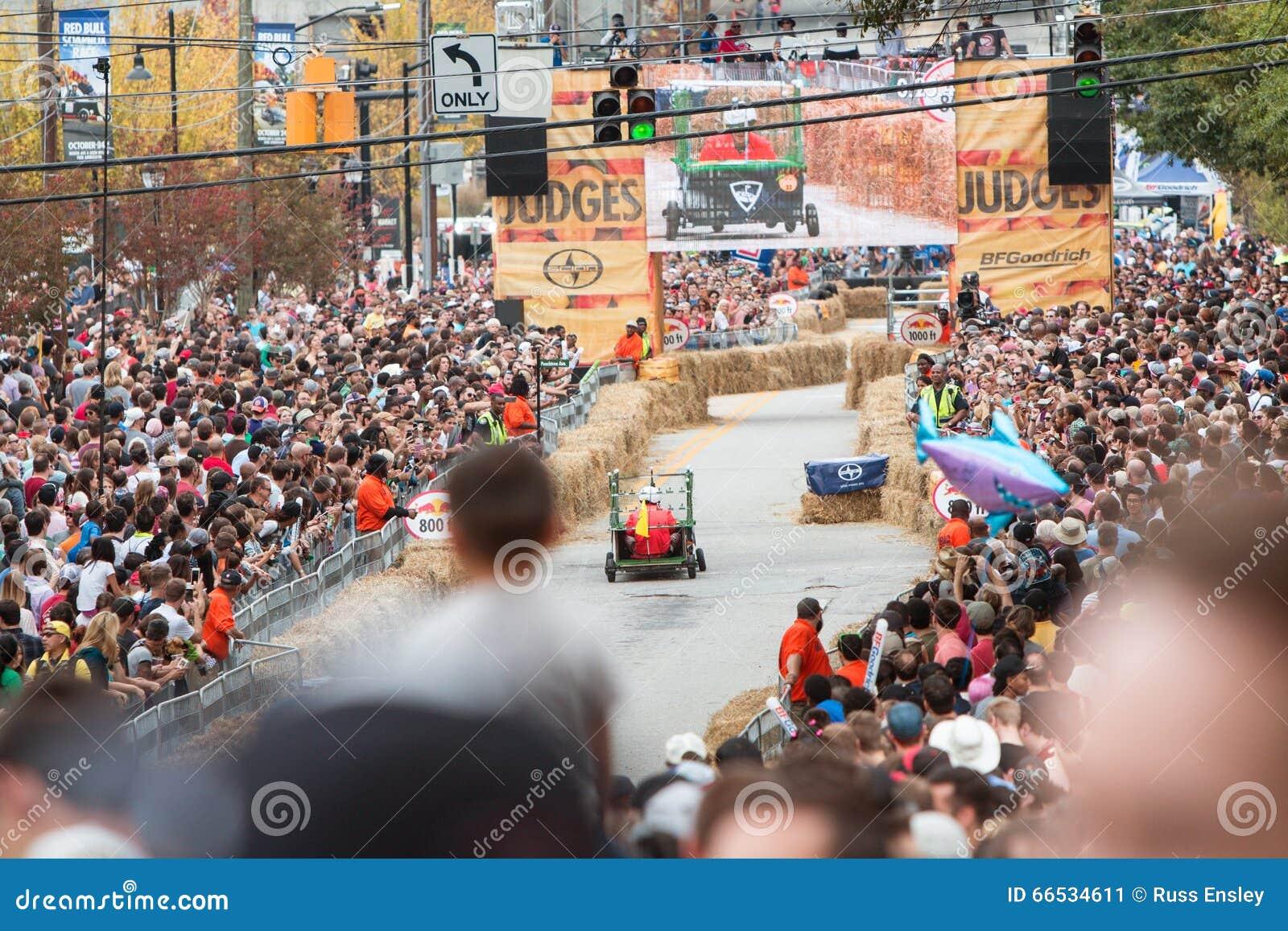 Red Bull Soap Box Derby >> Thousands Of Spectators Watch Atlanta Soap Box Derby Race
