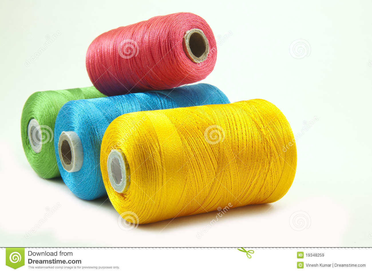 Thread Rolls Royalty Free Stock Images - Image: 19348259