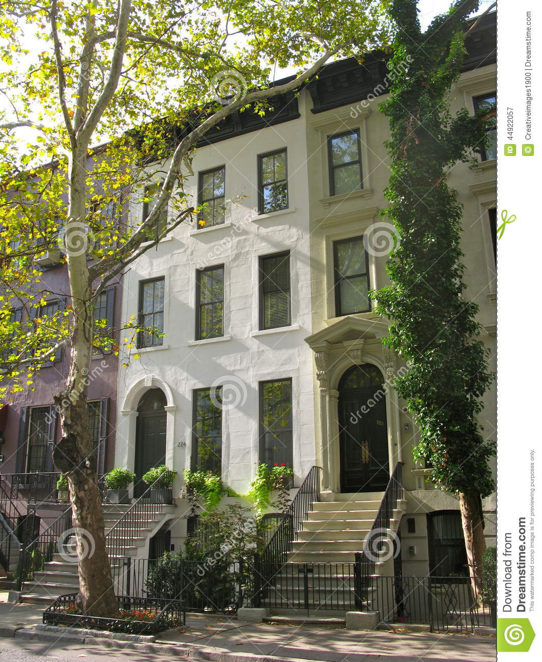 Rent Apartments In Nyc: Three Elegant New York City Townhouses Stock Image