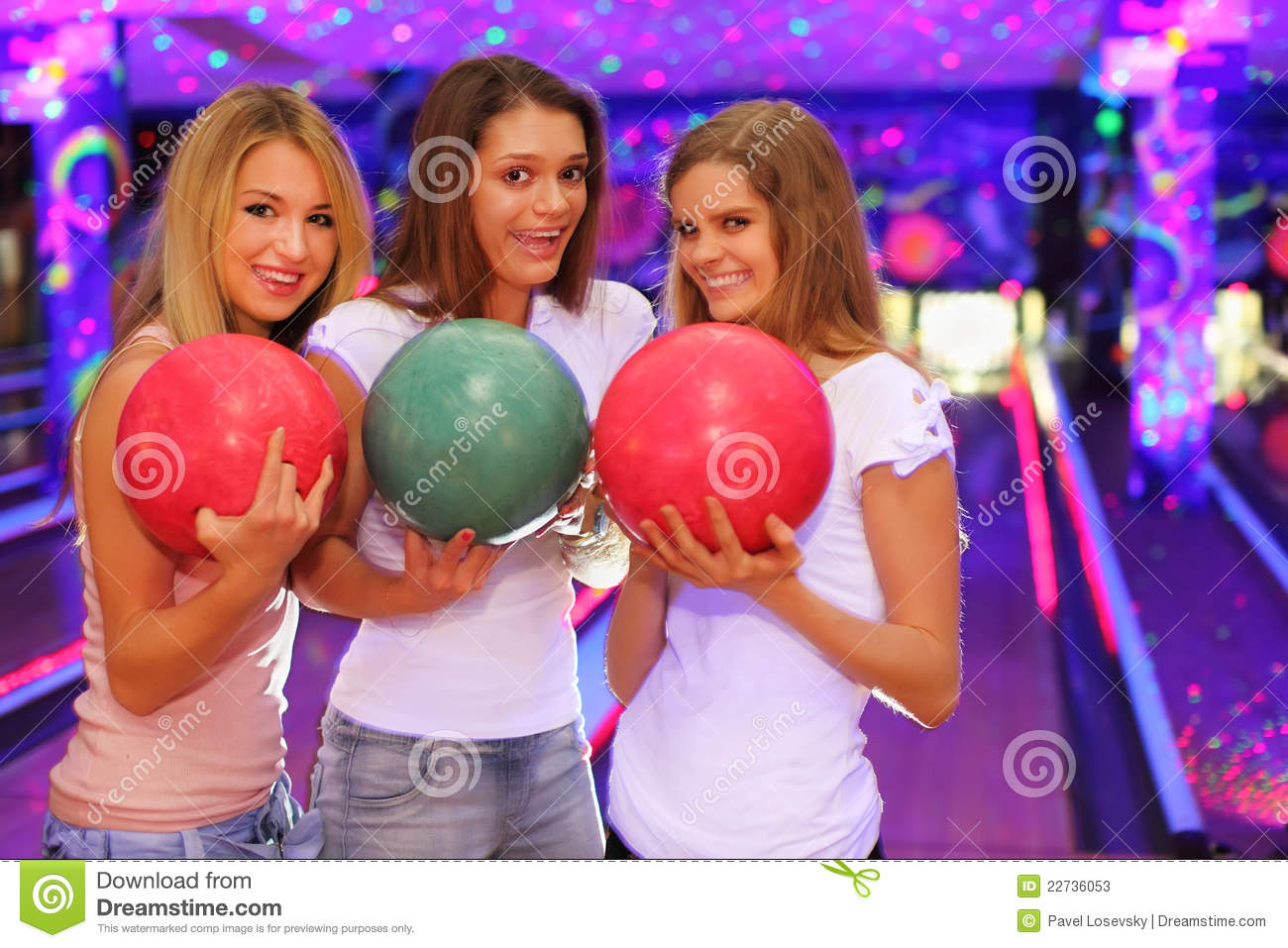 Three Girls With Balls Stand In Bowling Club Stock Photos