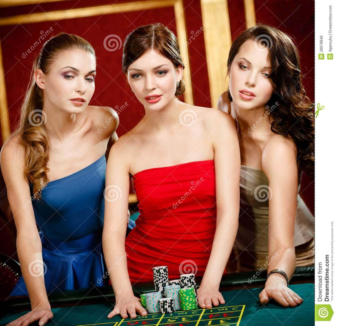 roulette girls Roulette chat is a free video social network for adults live webcam chat with random strangers from all over the world in group or private cam2cam video chat.