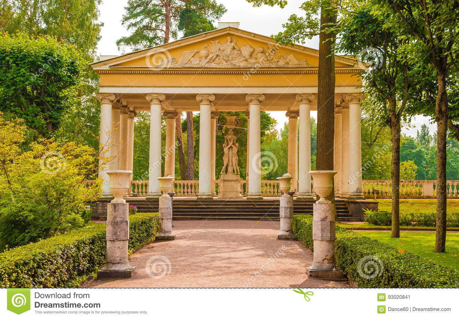 Three Graces Pavilion editorial photo. Image of landmark - 93020841