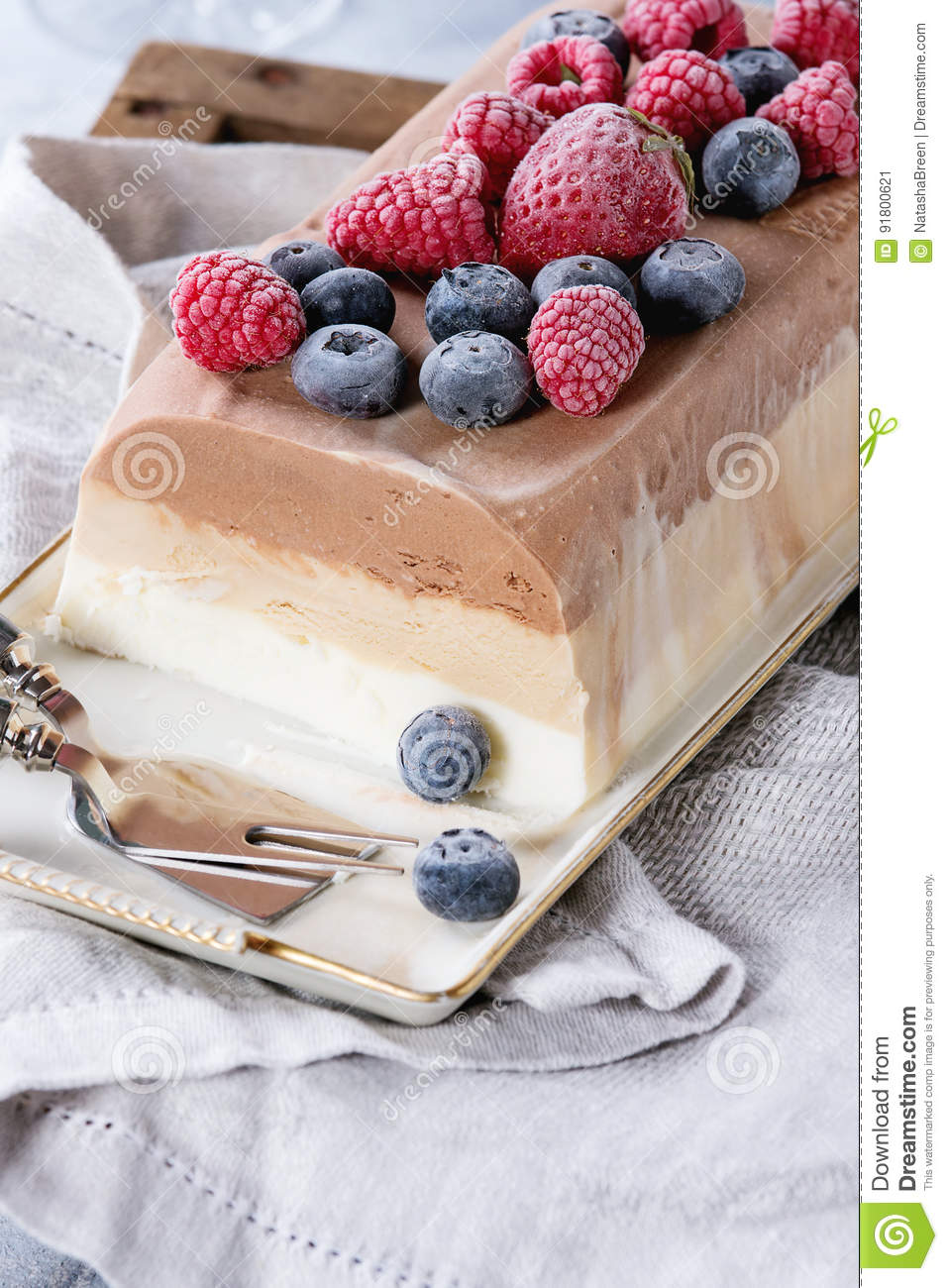 Coffee Cake With Frozen Berries
