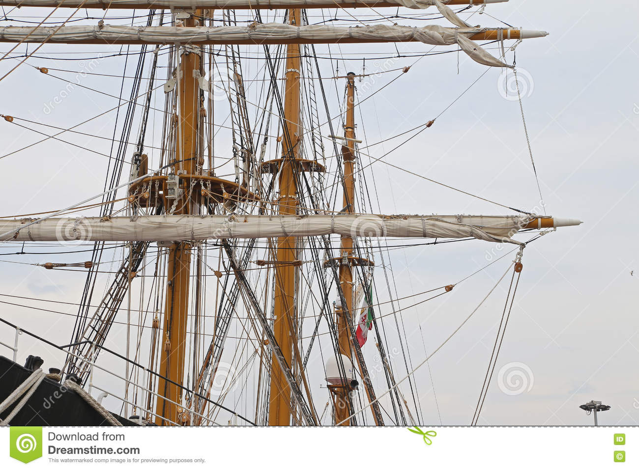 The Three Masted Palinuro A Historic Italian Navy Training Electricity Basic Courses Download Barquentine Moored In