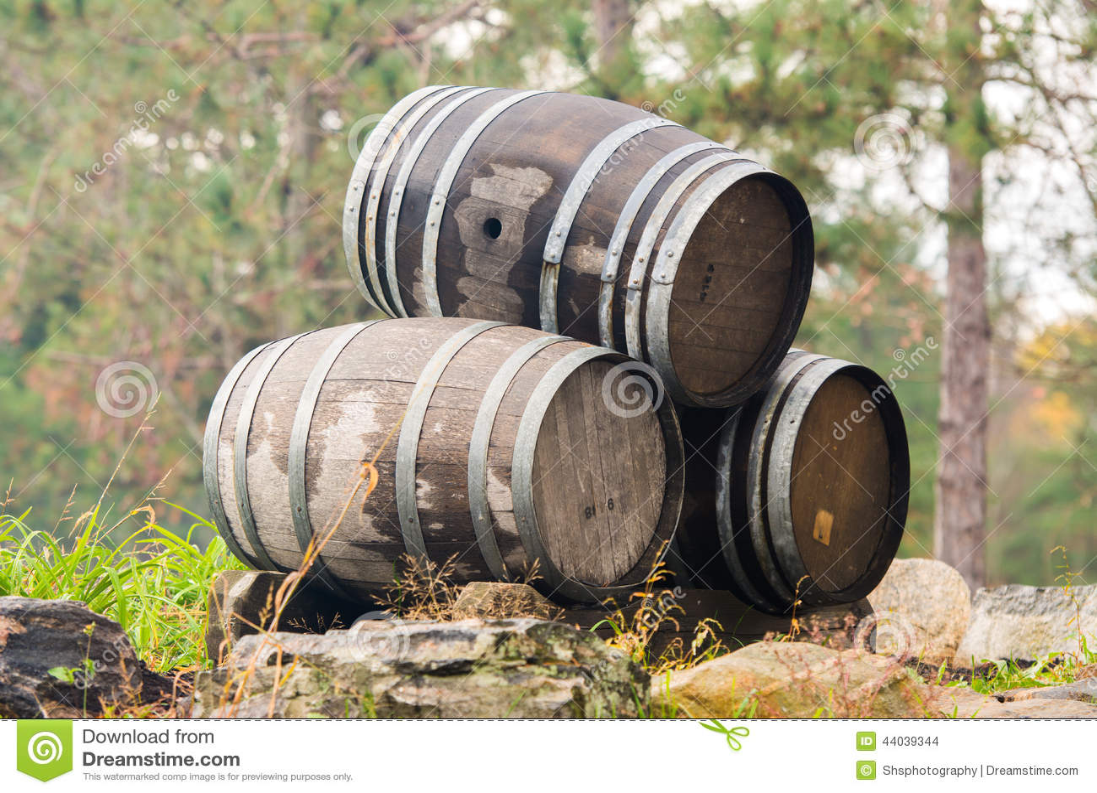 stack wine barrels three stacked wine barrels barrel office barrel middot