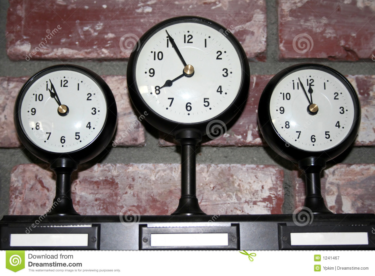 This is a picture of Ambitious Time Zone Clock Labels