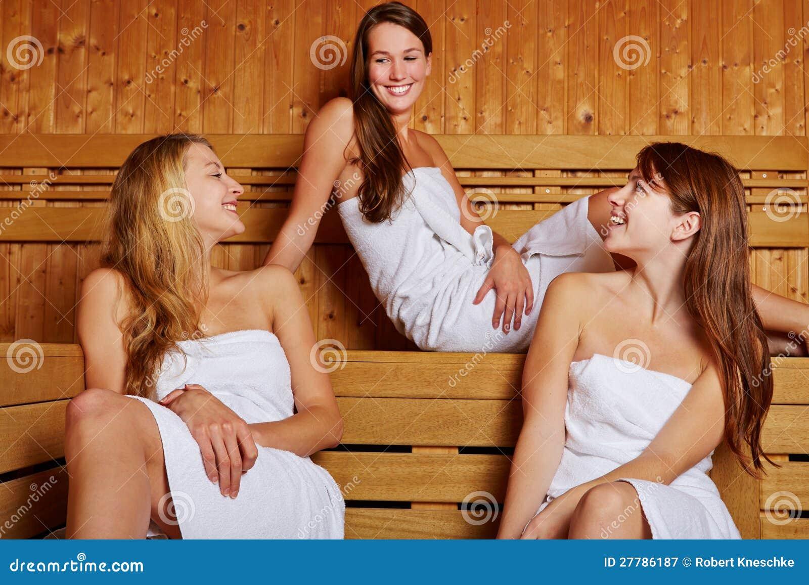 Пригласили подругу для секса, Секс Пригласили Подругу (найденопорно видео.) 19 фотография