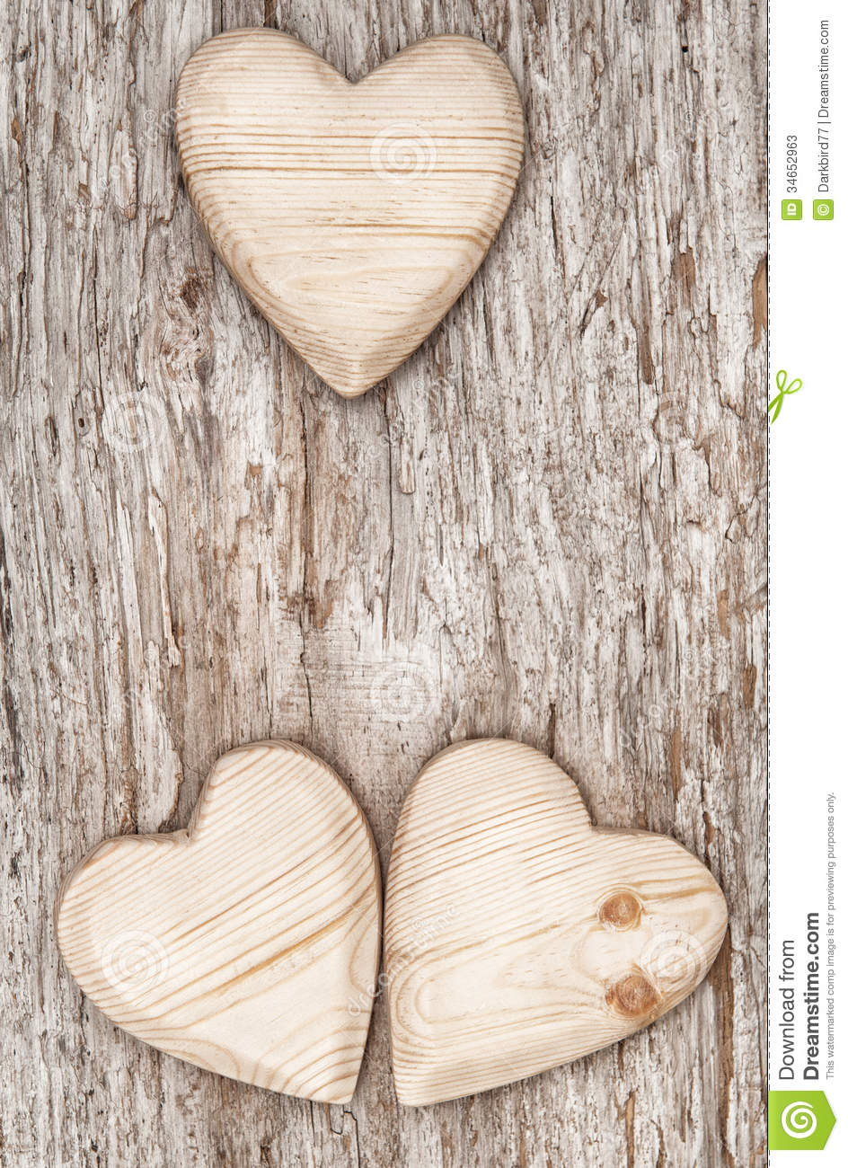 how to write on wooden hearts
