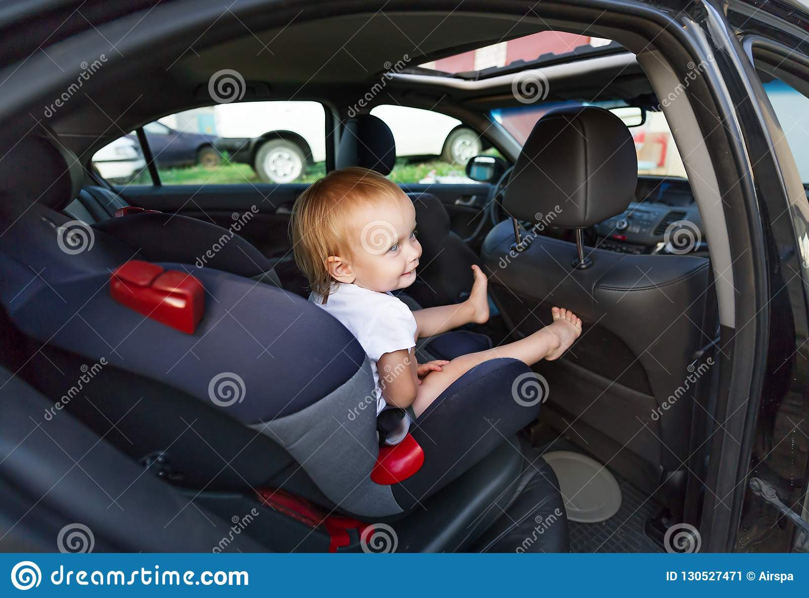 Car Seats For Three Year Olds >> Three Year Old Girl Sitting In Car Seat Stock Image Image