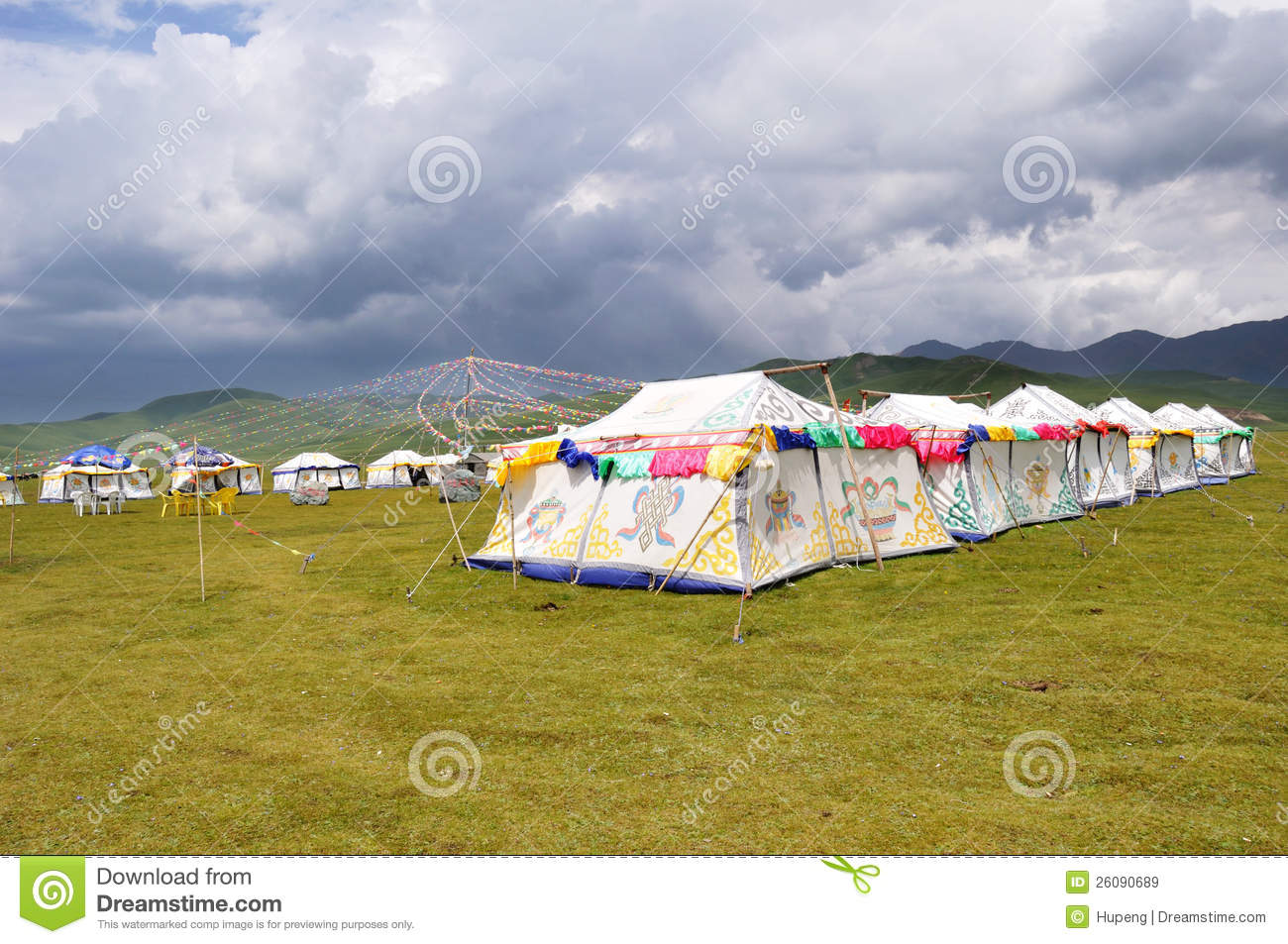 Colorful tibetan tent in Qinghai-Tibet Plateauchina. & Tibetan tent with cloudy stock image. Image of construction - 26090689