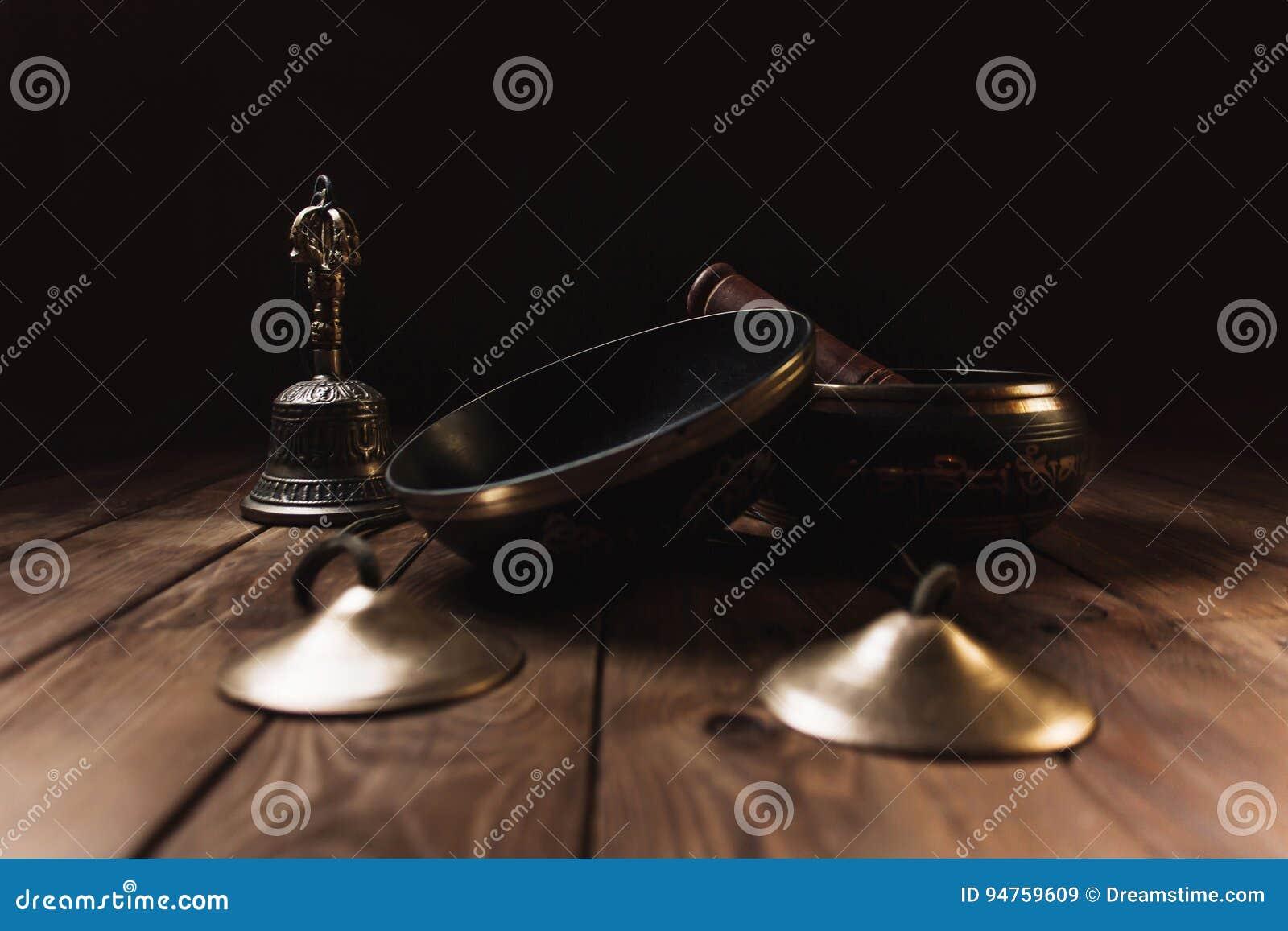 Tibetian-Instrumente für Musikmeditation