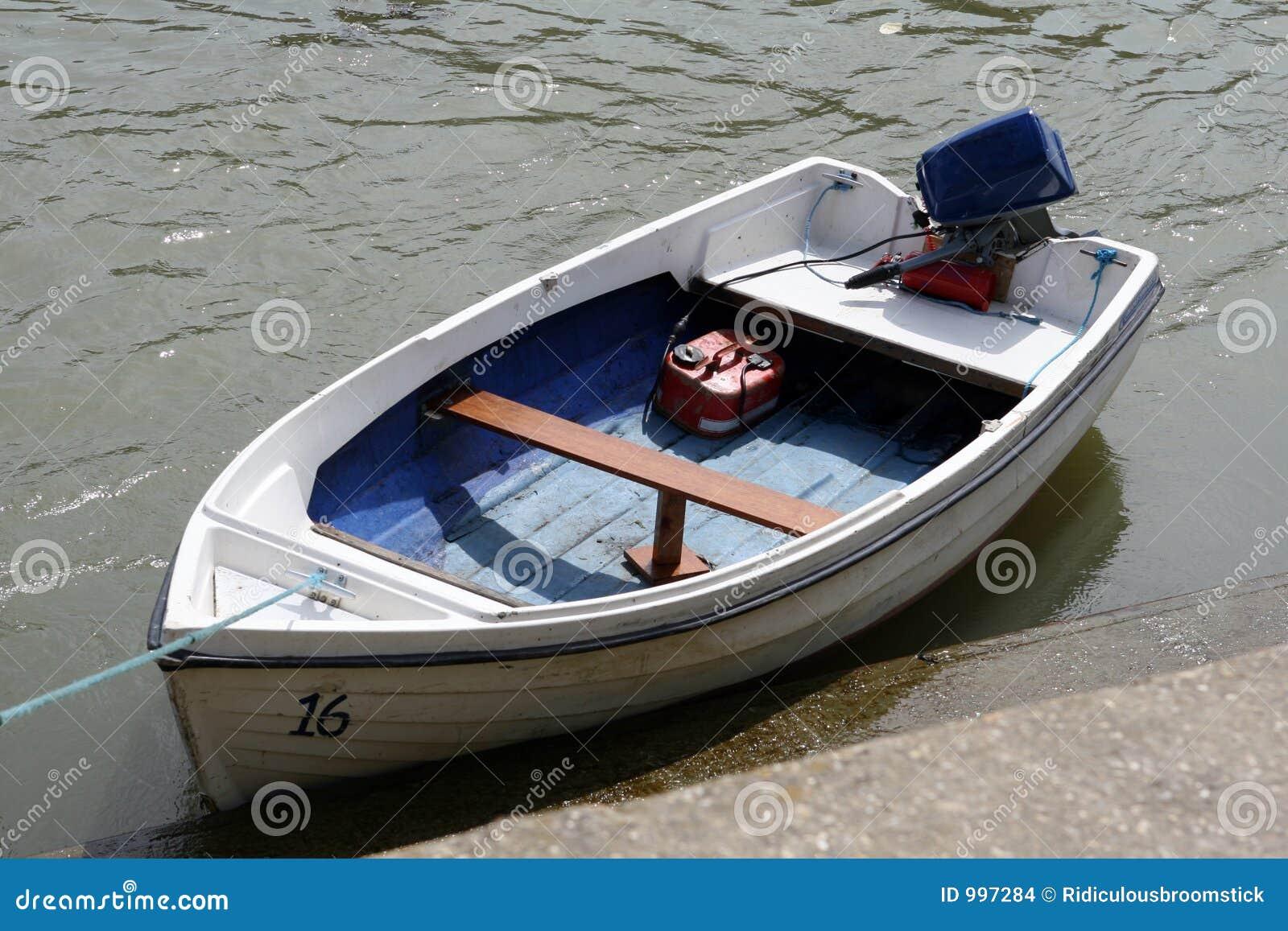 Tidvattens- för hav för fartygjolleflod litet