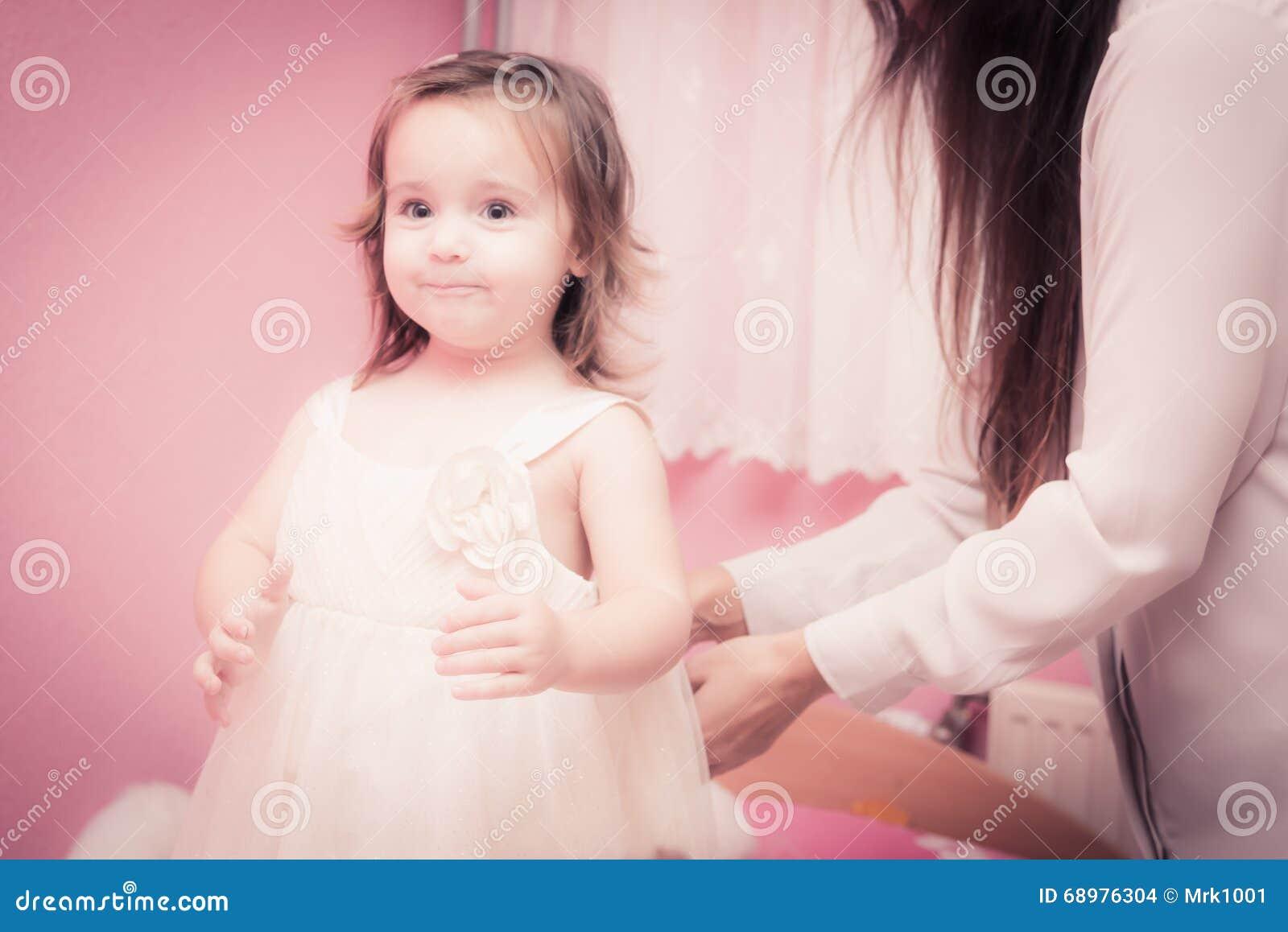 Tiempo feliz del bebé