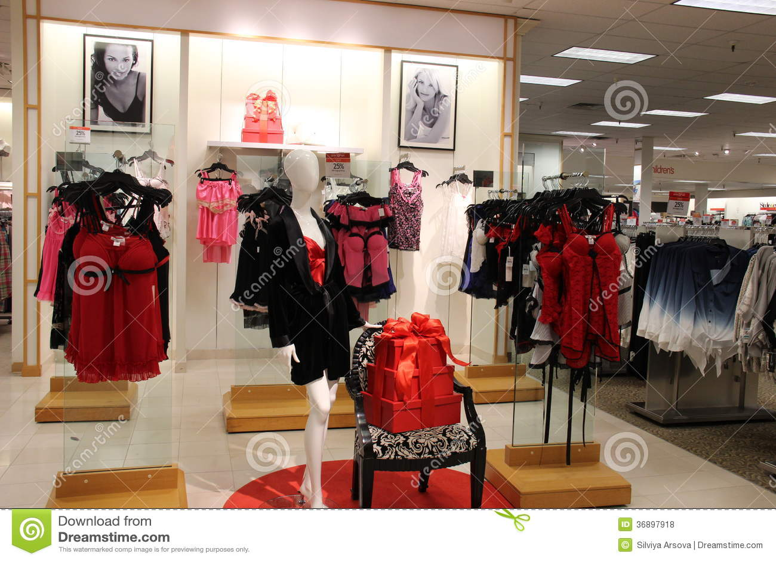 La moda clothing store