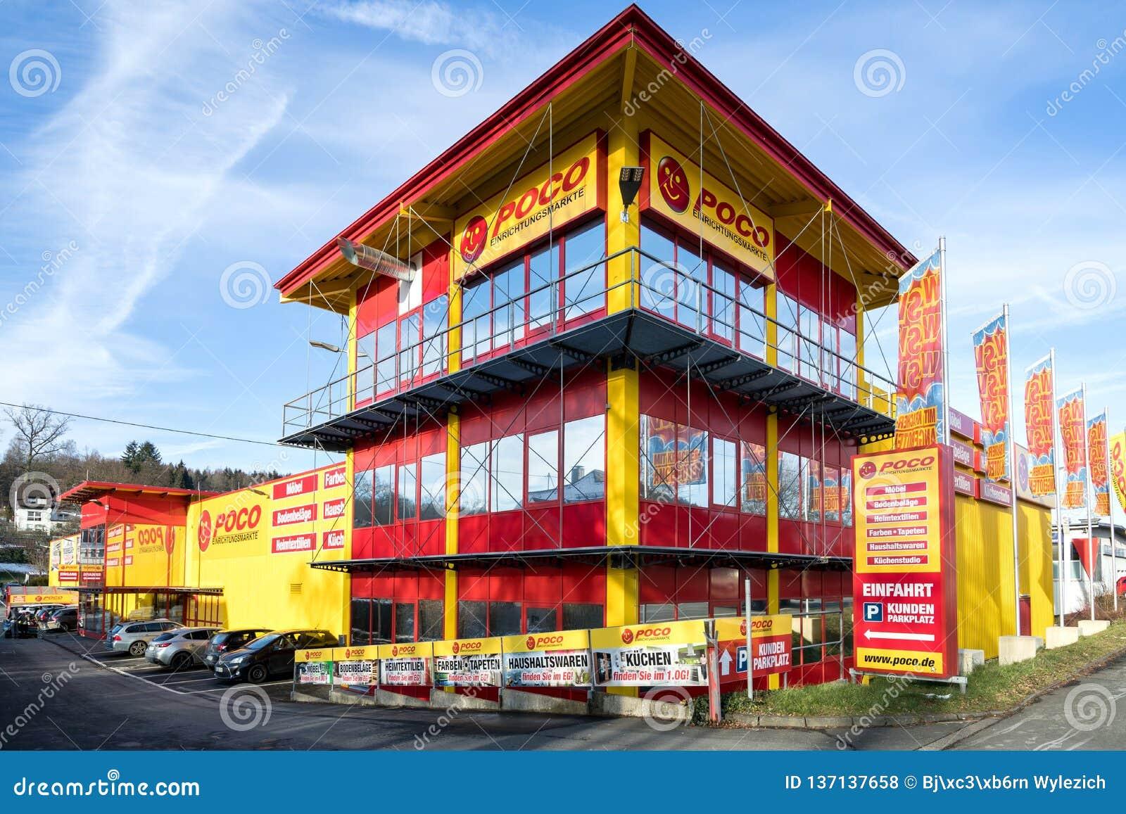 Tienda De Muebles De Poco En Kreuztal, Alemania Foto de archivo