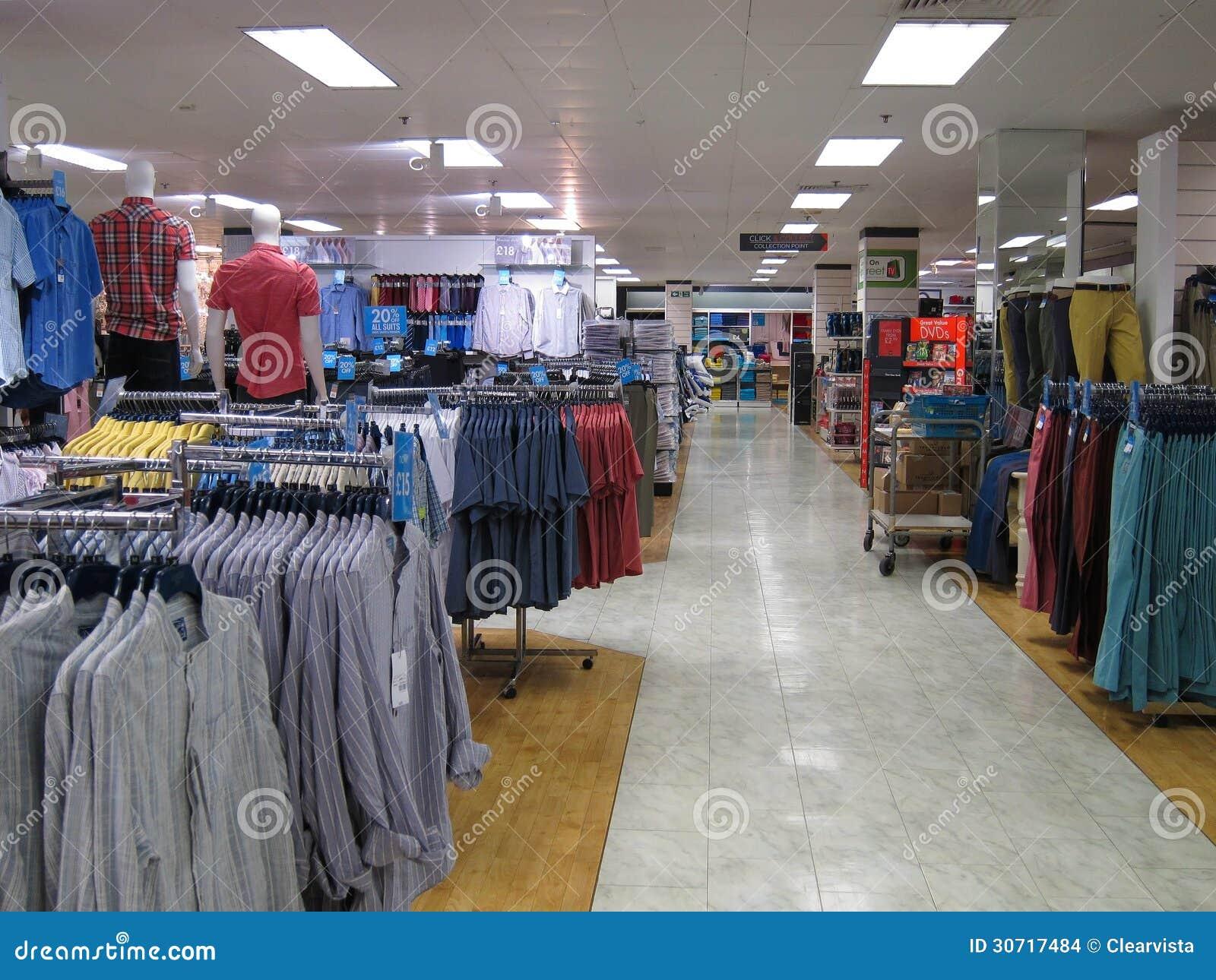 Encuentra en Pacifika ropa interior para hombre, boxers sueltos o ajustados, calzoncillos, medias, camisetas básicas y más. ¡Compra online ya!