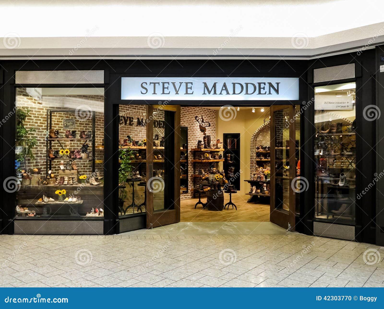 c1cbf4ec6f5 Tienda de steve madden imagen editorial imagen de internacional jpg  1300x1065 Steve madden outlet