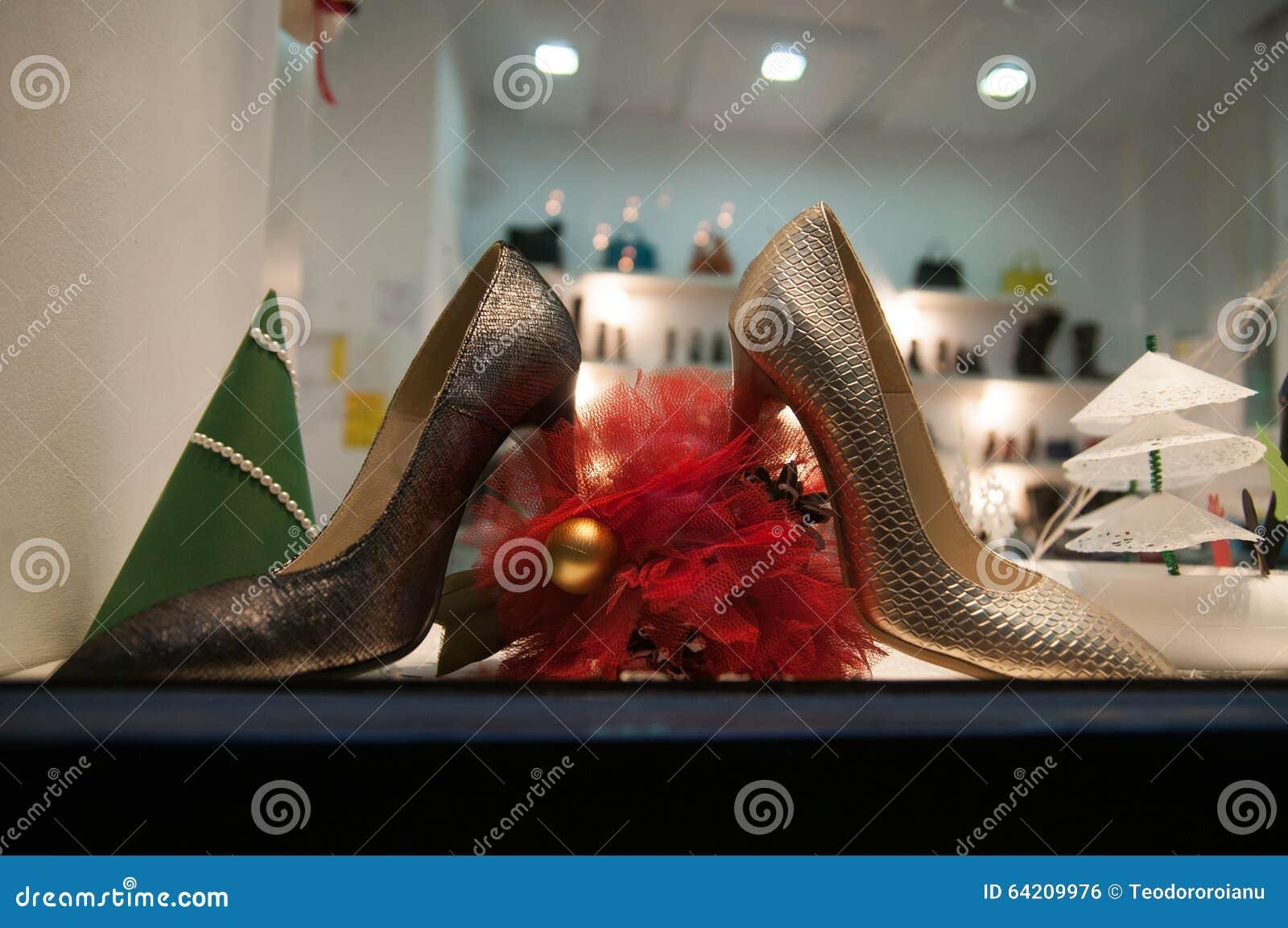 Tienda de zapatos de la mujer