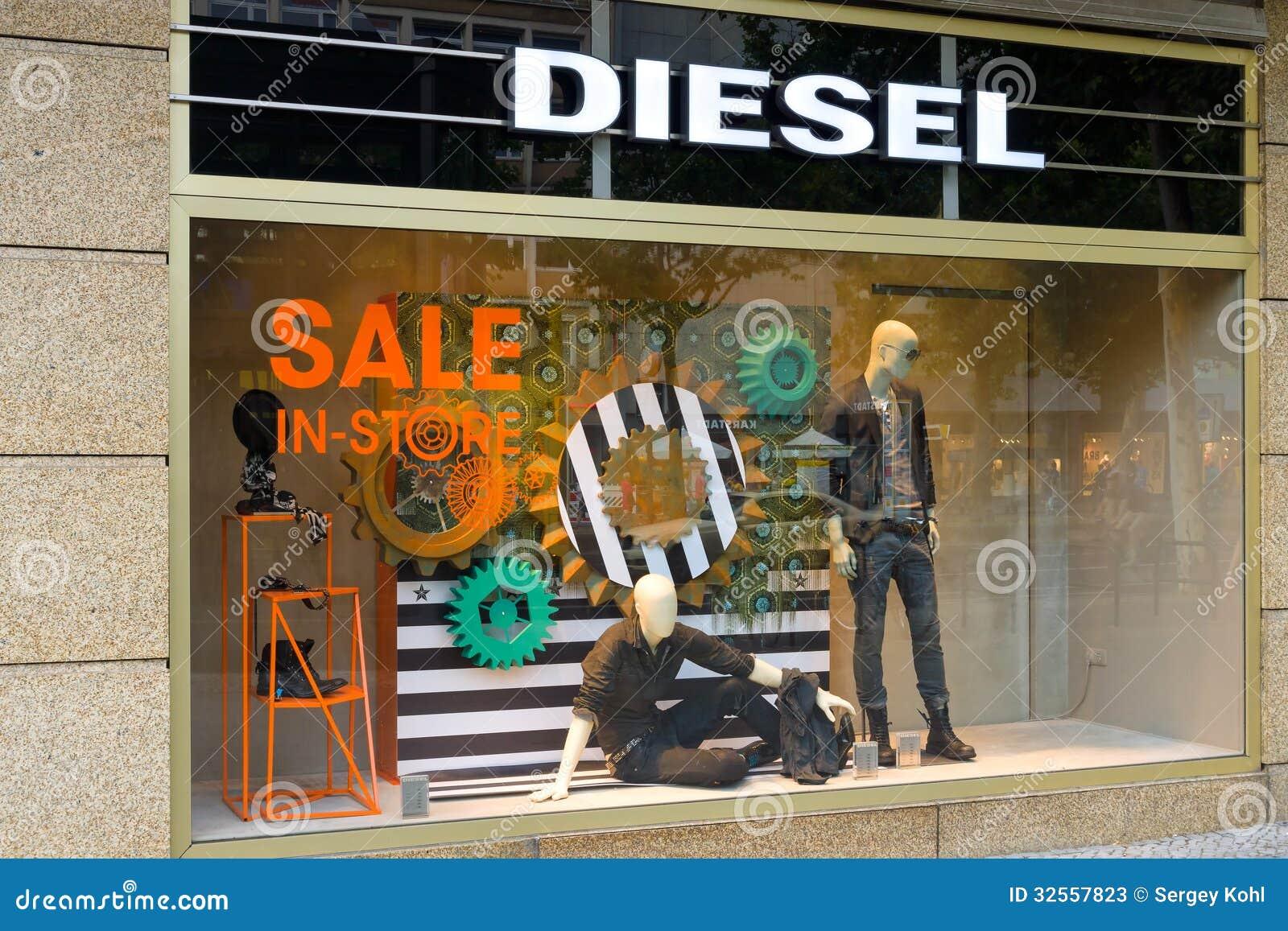 Tienda Diesel En Kurfuerstendamm Foto de archivo editorial ...