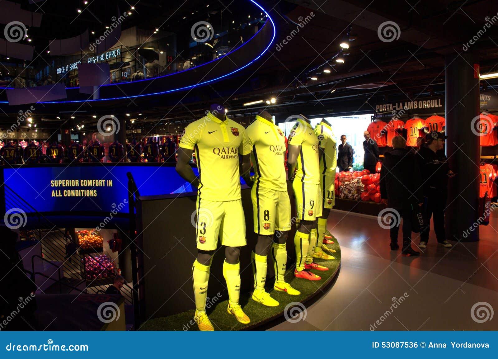 Tienda Oficial Del FC Barcelona Foto editorial - Imagen de ...