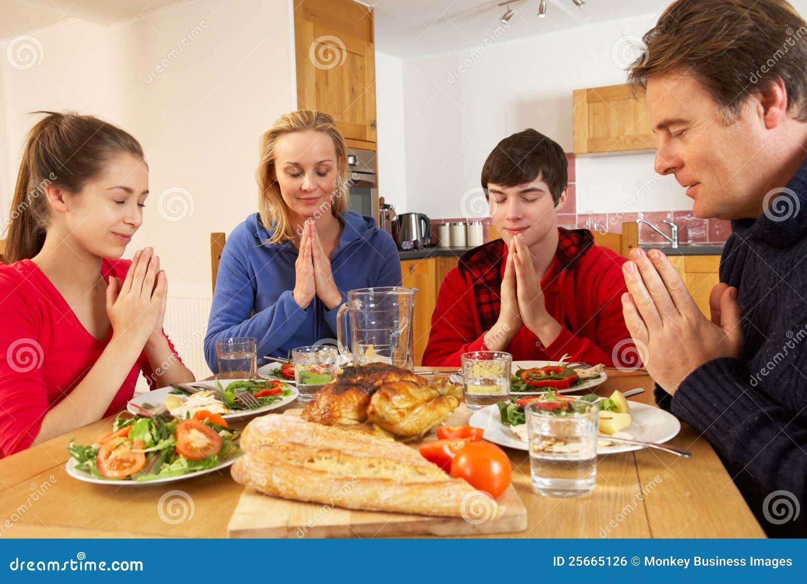 Tiener Familie die Gunst zegt
