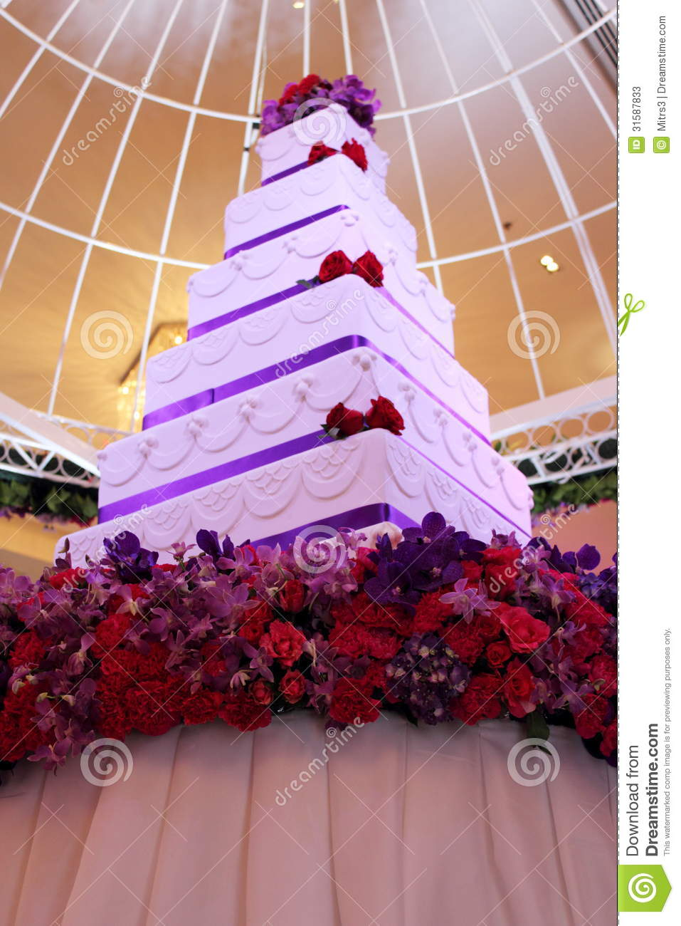 Tier White And Purple Square Wedding Cake Stock Image