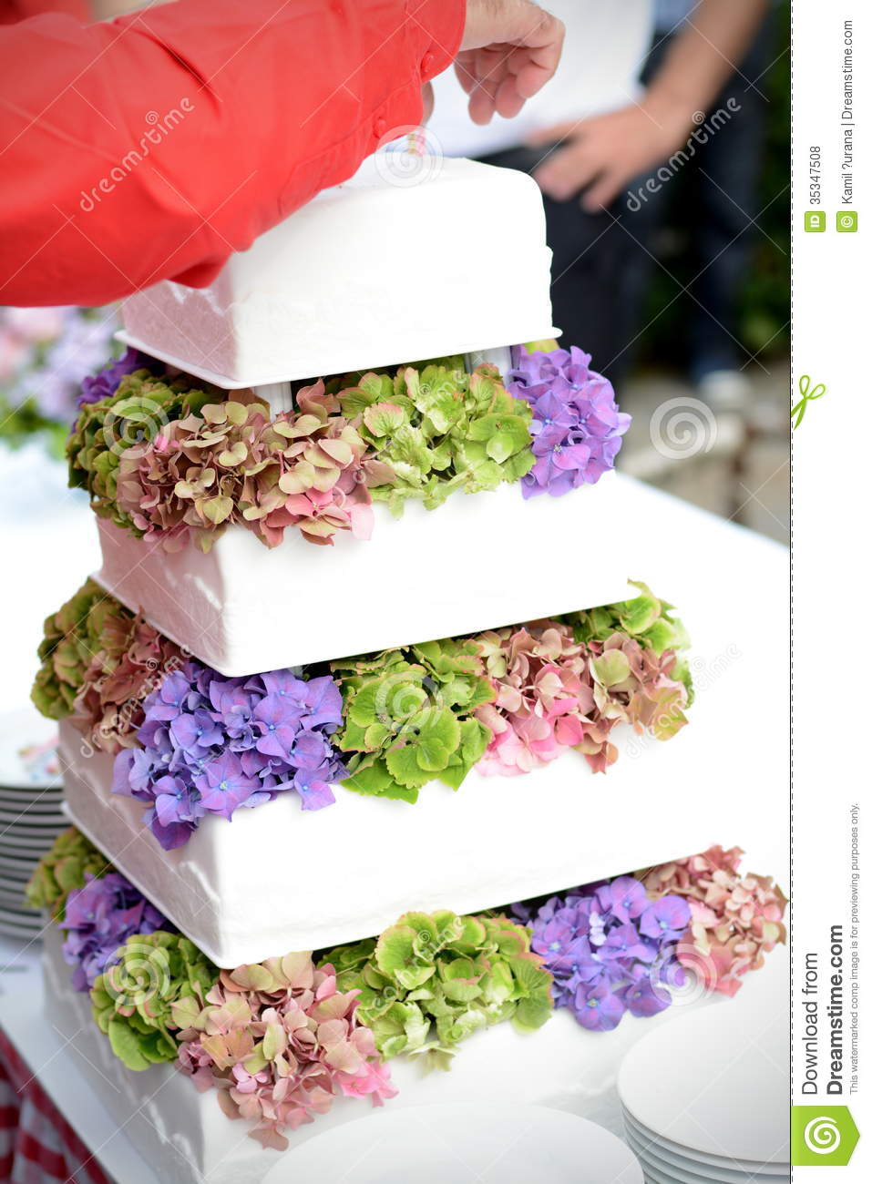 White Cake With Real Flowers