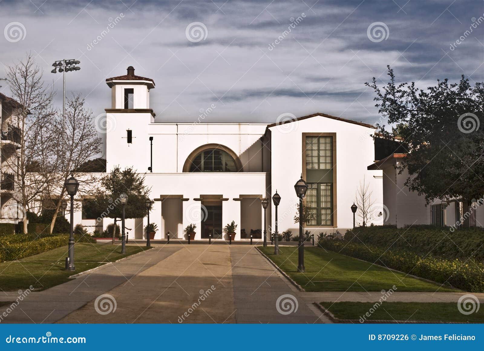 Tiernan Fieldhouse - Scripps College